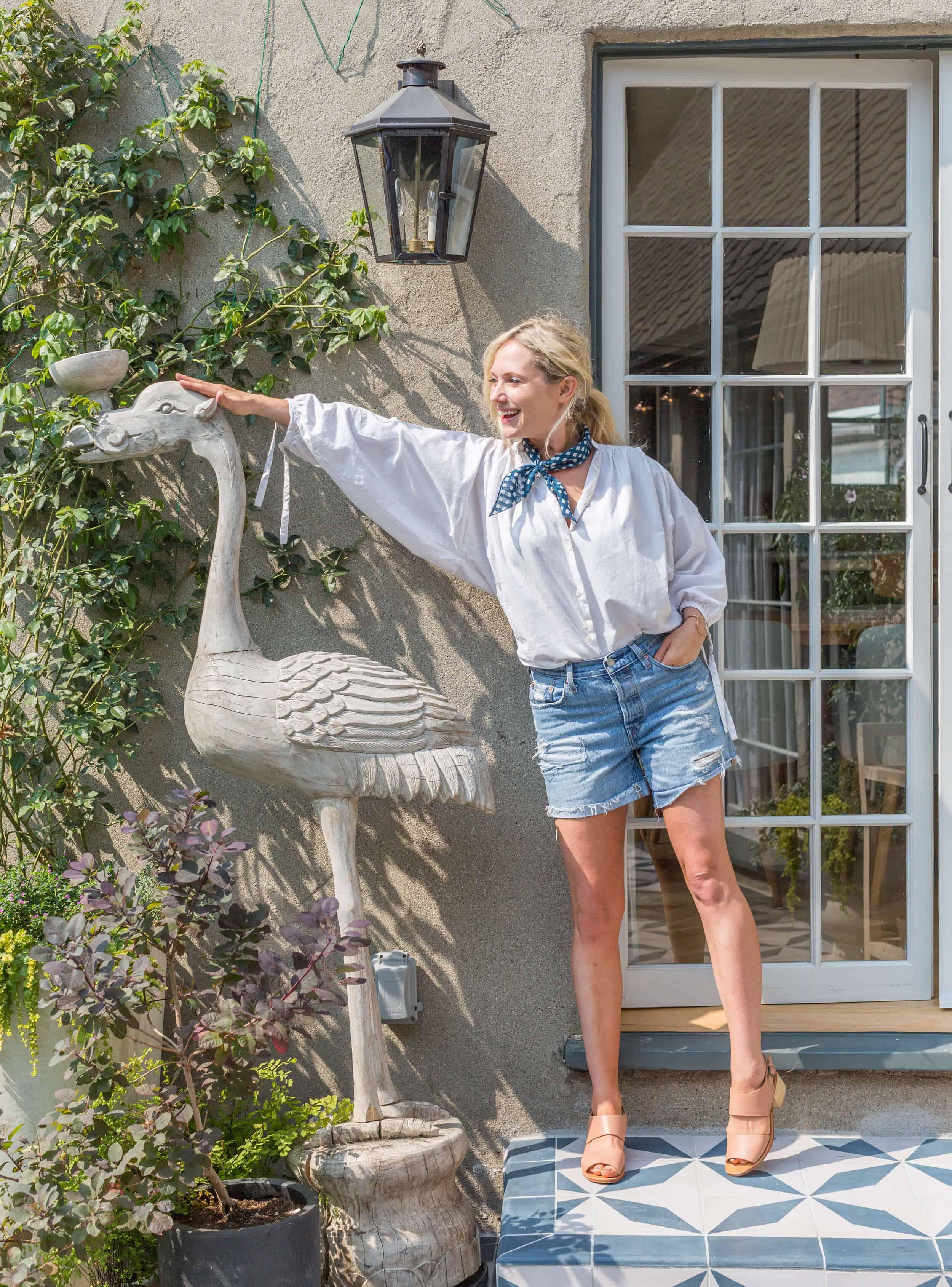 Emily-Henderson-Summer-Essentials-Fashion00003