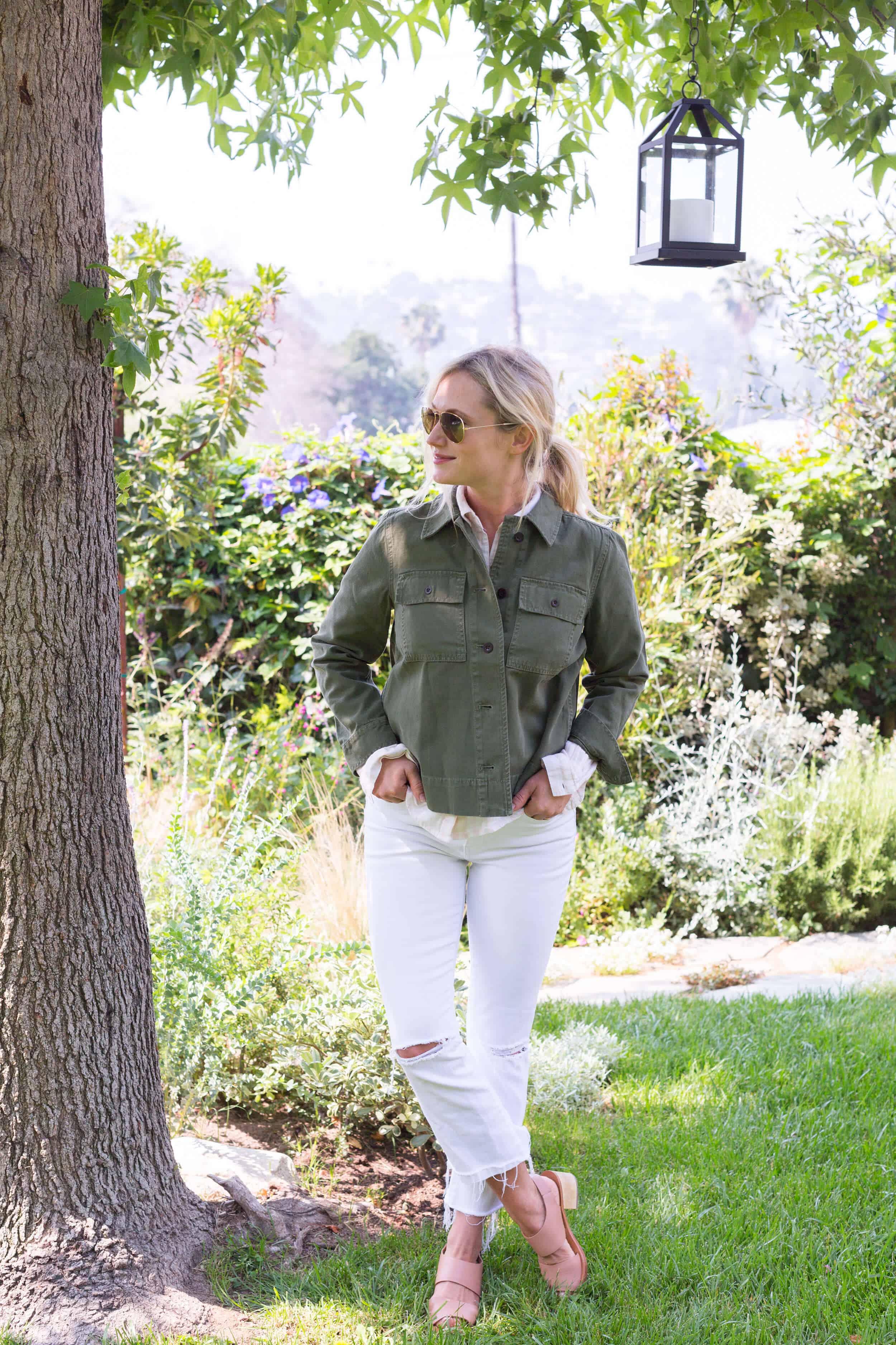 Emily-Henderson-Summer-Essentials-Fashion00006