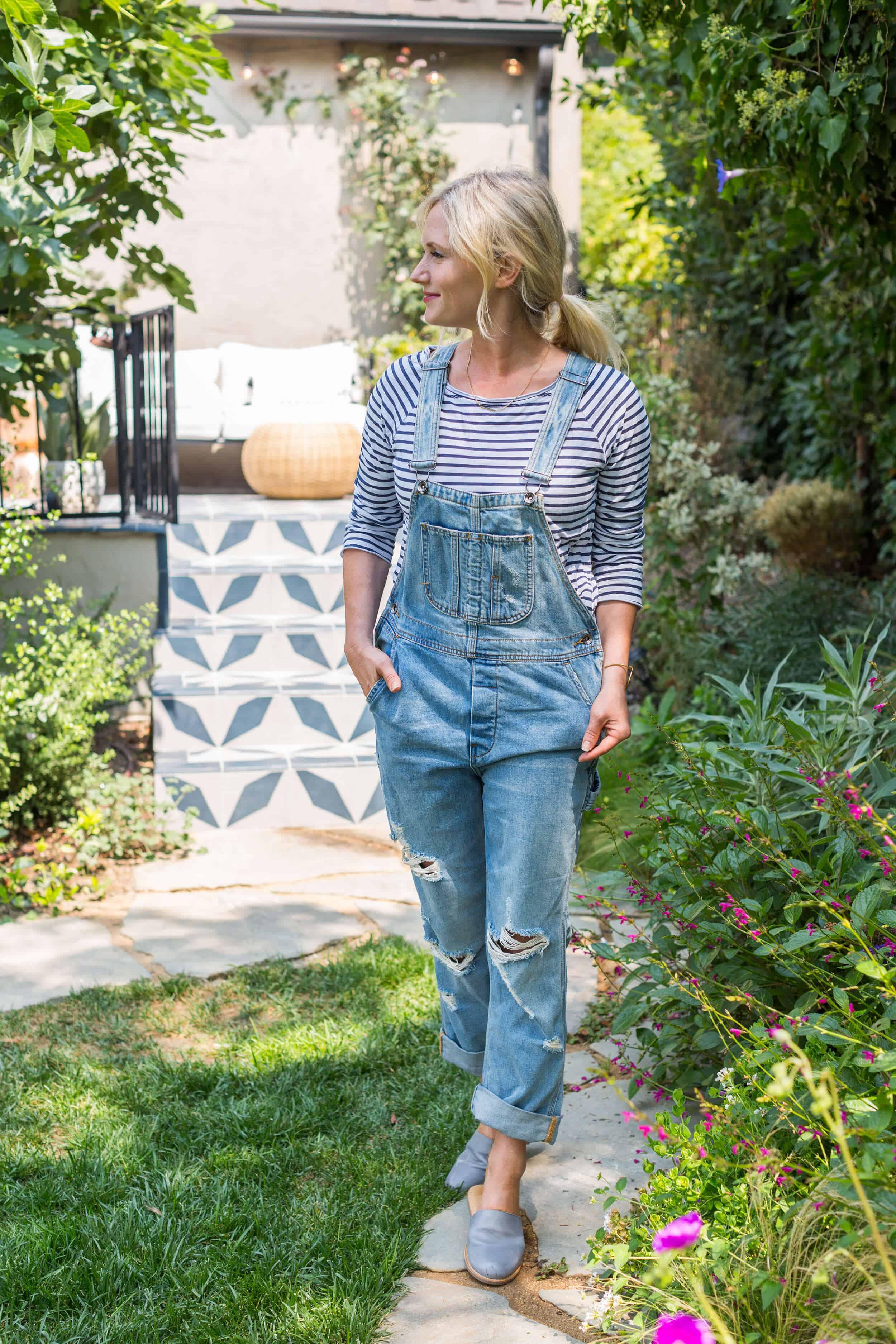 Emily-Henderson-Summer-Essentials-Fashion00012