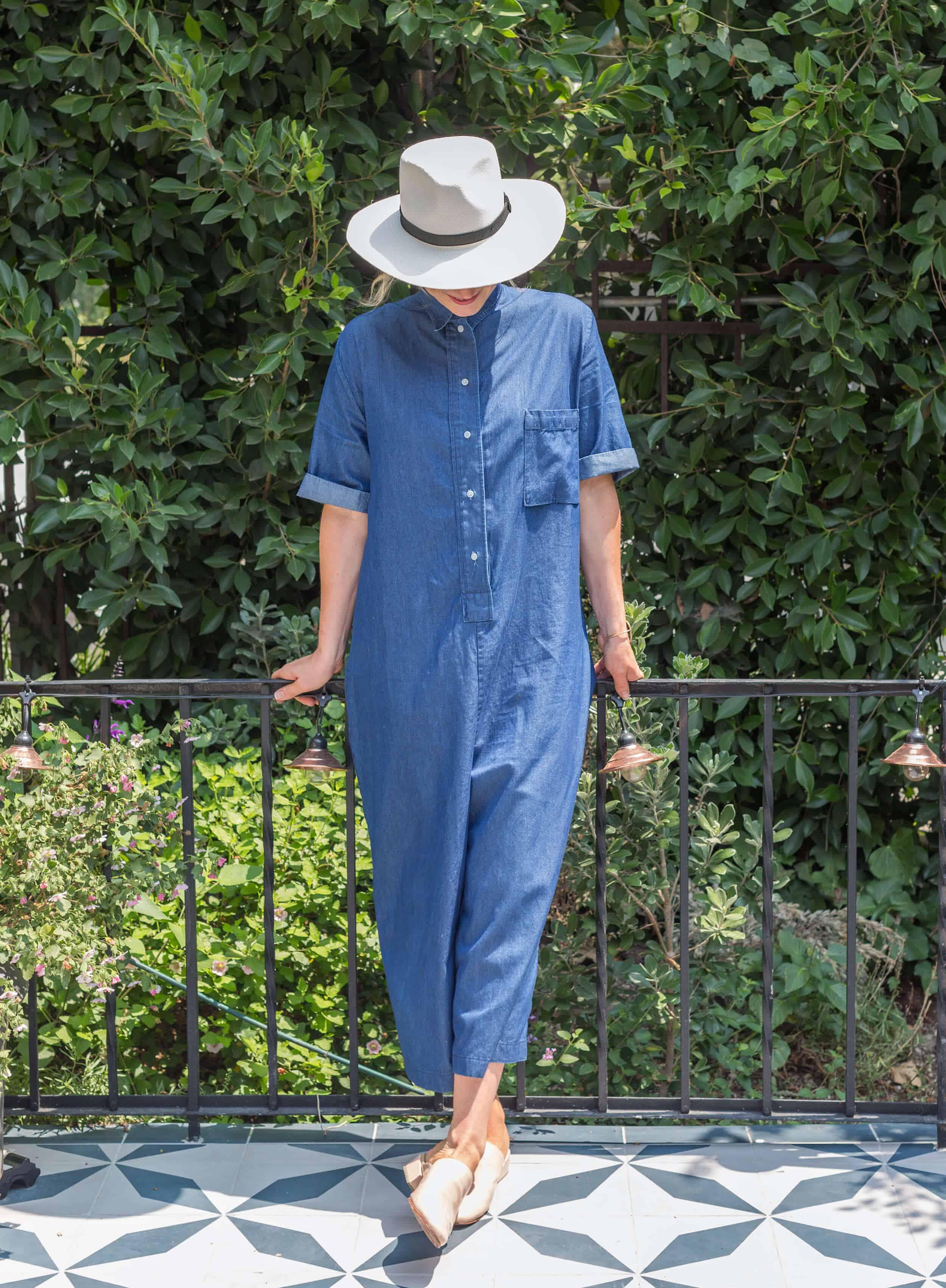 Emily-Henderson-Summer-Essentials-Fashion00022