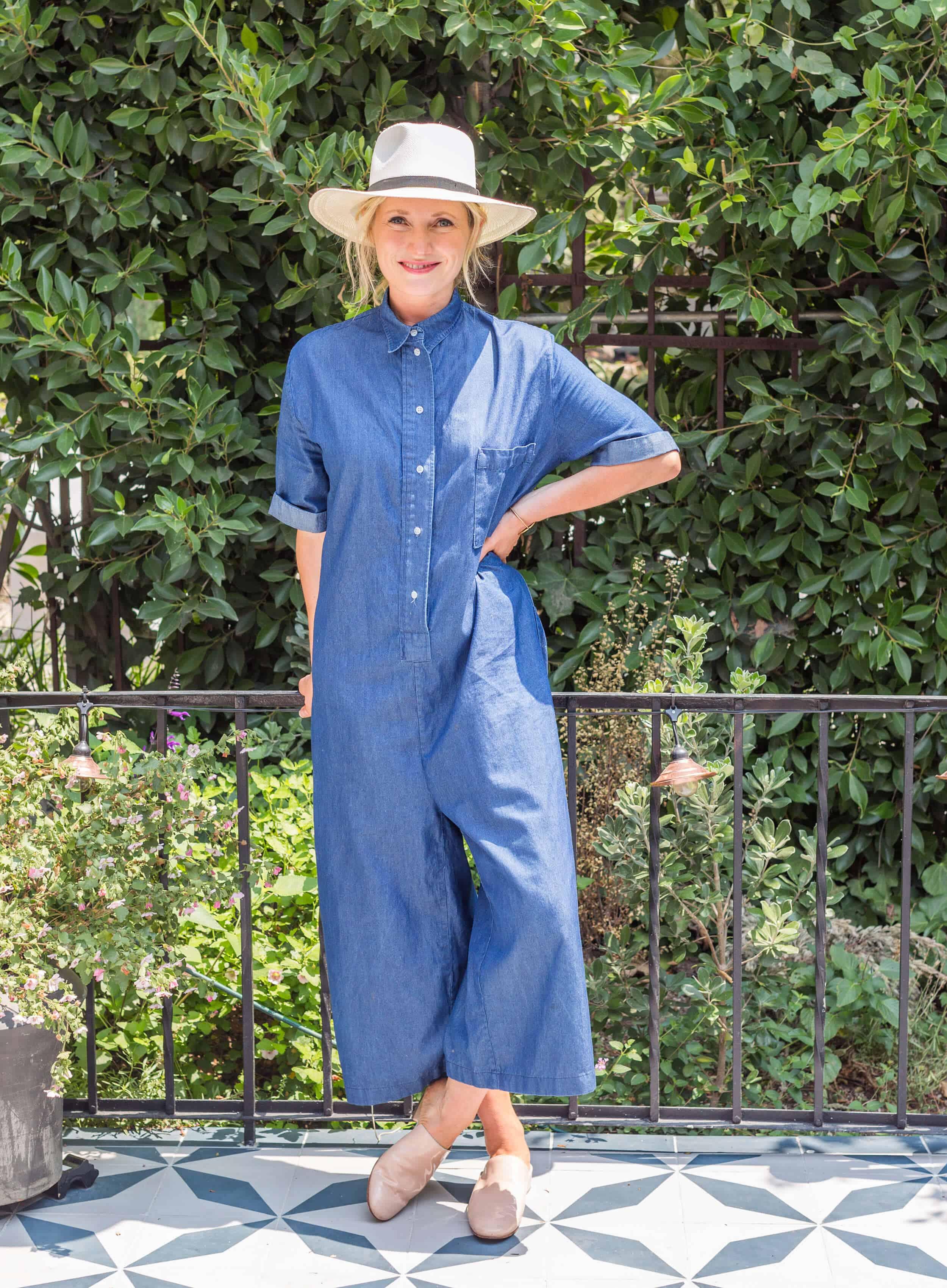 Emily-Henderson-Summer-Essentials-Fashion00025