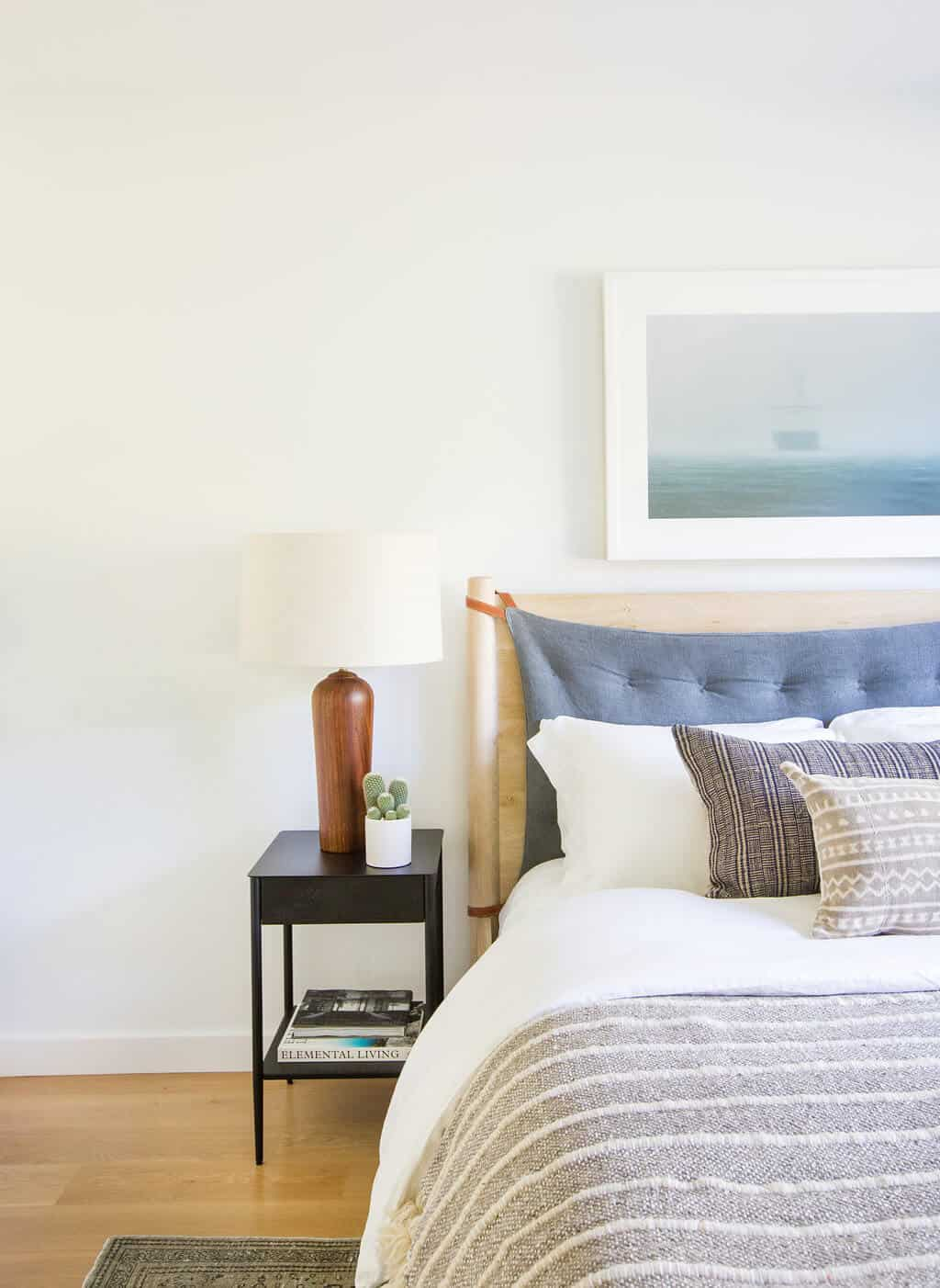 Emily-Henderson_Modern-Design-Trends_White_Minimal_Casual_Rustic_Simple_Relaxed_California_Effortless_14