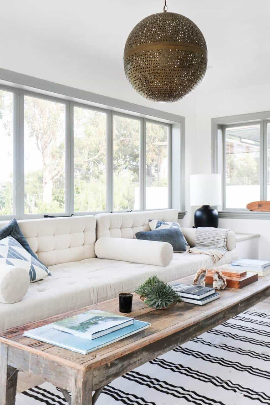 Emily-Henderson_Modern-Design-Trends_White_Minimal_Casual_Rustic_Simple_Relaxed_California_Effortless_2