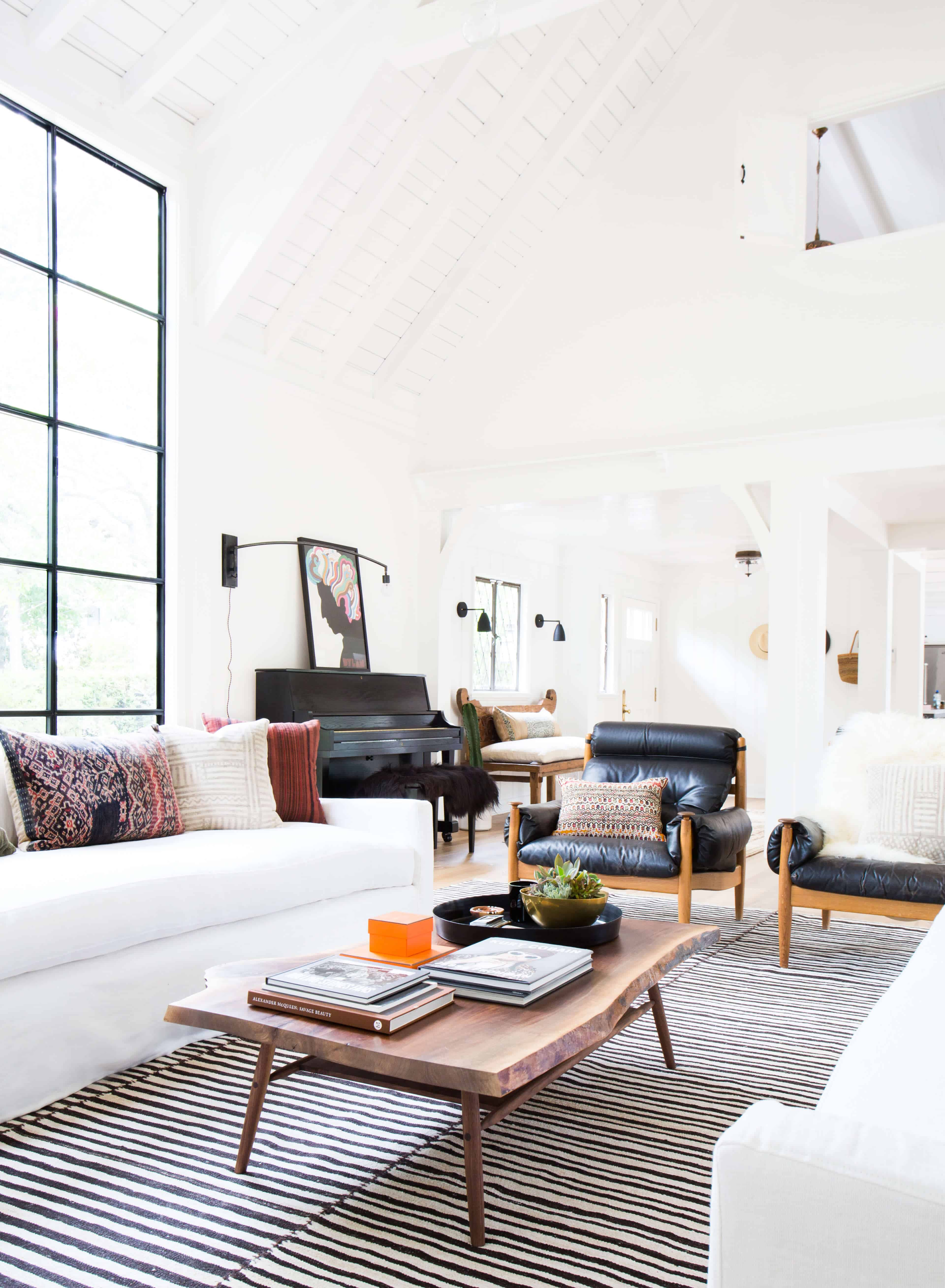 Emily-Henderson_Modern-Design-Trends_White_Minimal_Casual_Rustic_Simple_Relaxed_California_Effortless_9