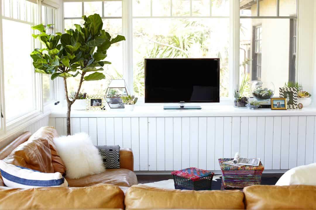 Emily-Henderson_The-Loreys_Living-Room-1