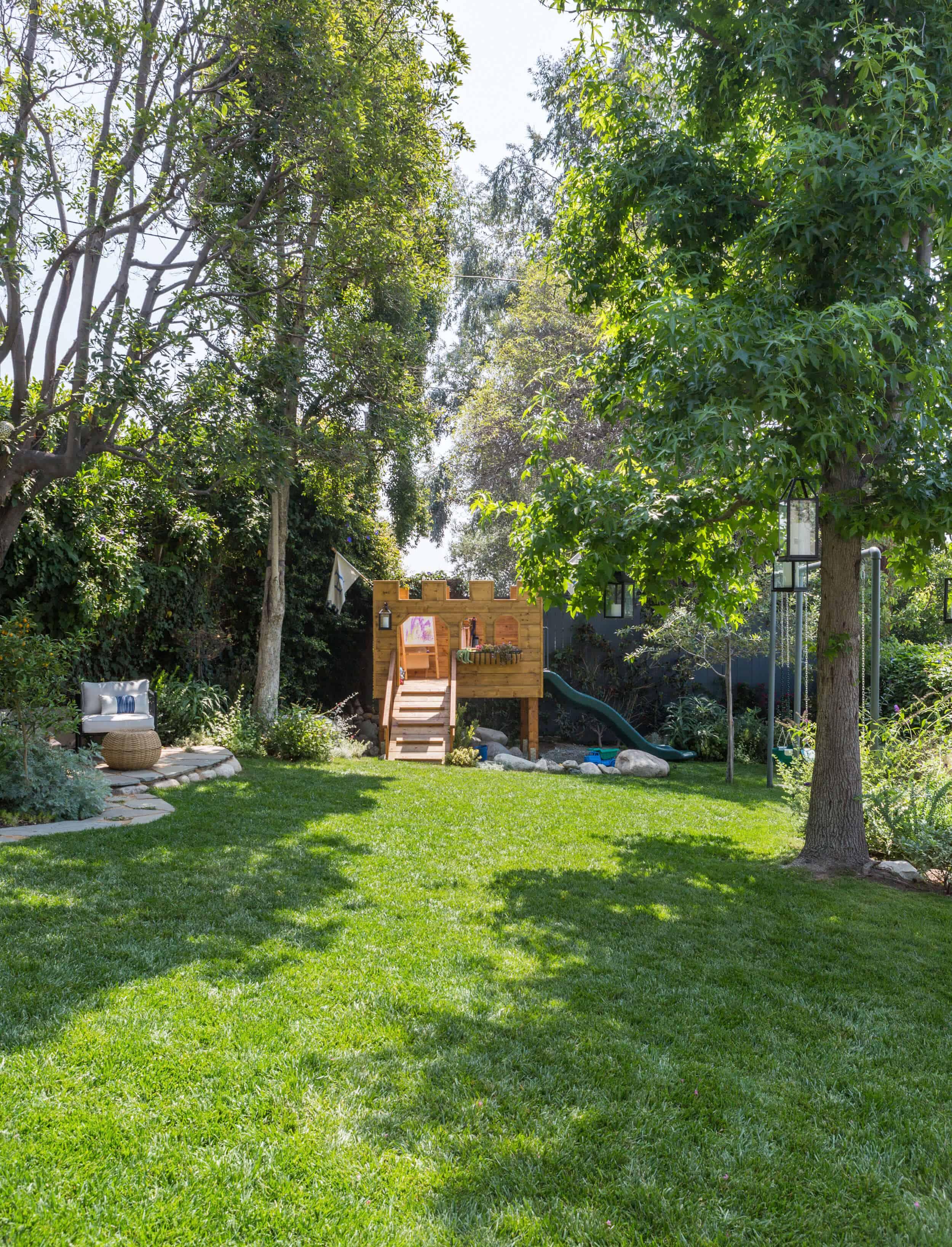 Emily-Henderson-Backyard-1061