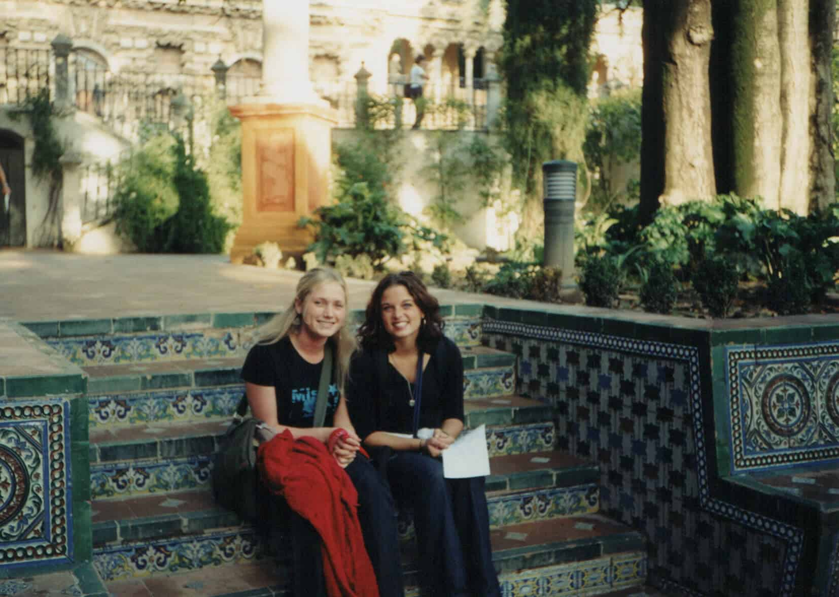 Advice To My 20 Year Old Self Travel Cheaply