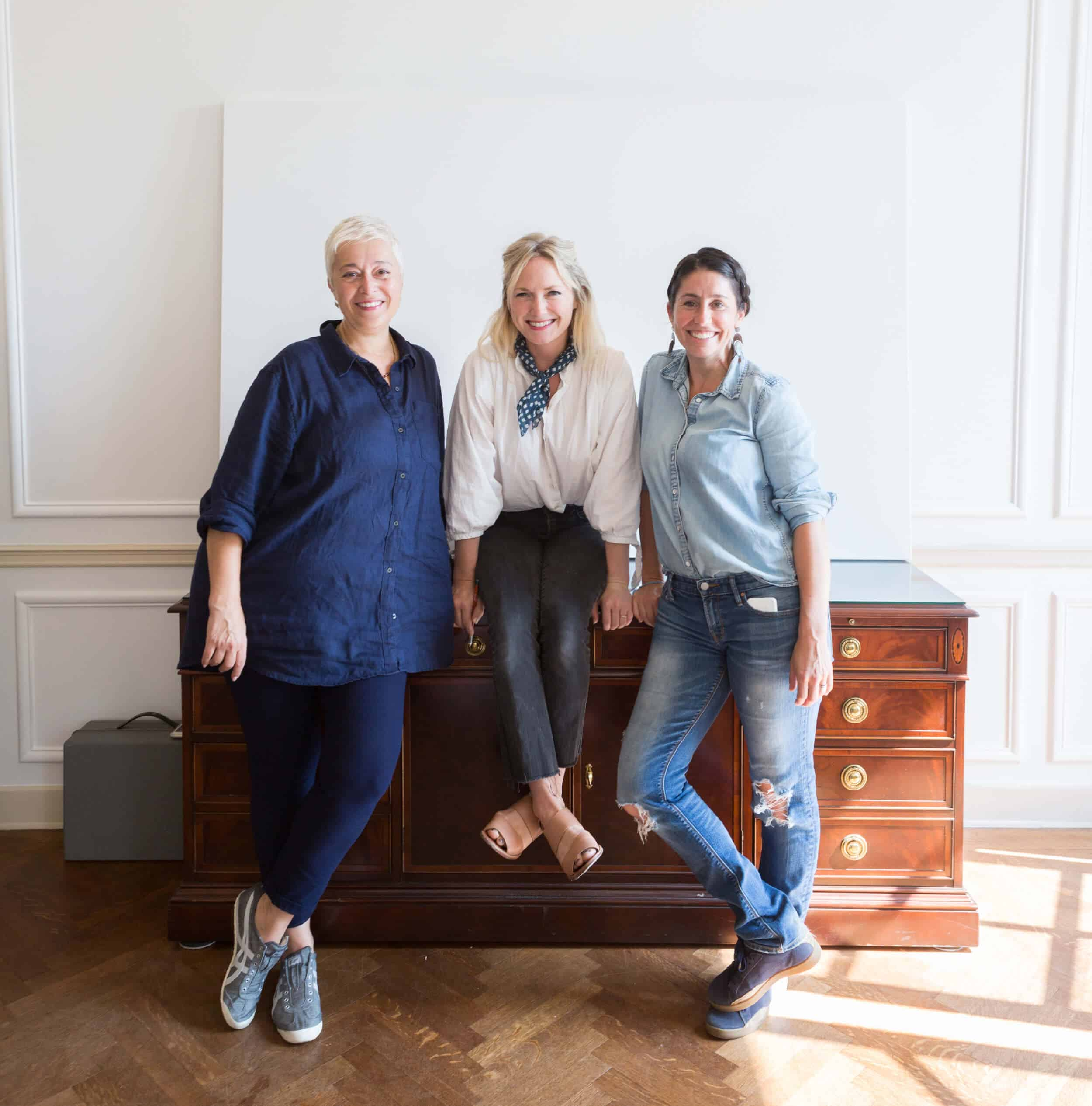 Emily Henderson The Fourth Artist Sothebys Parisian Apartment 5 1