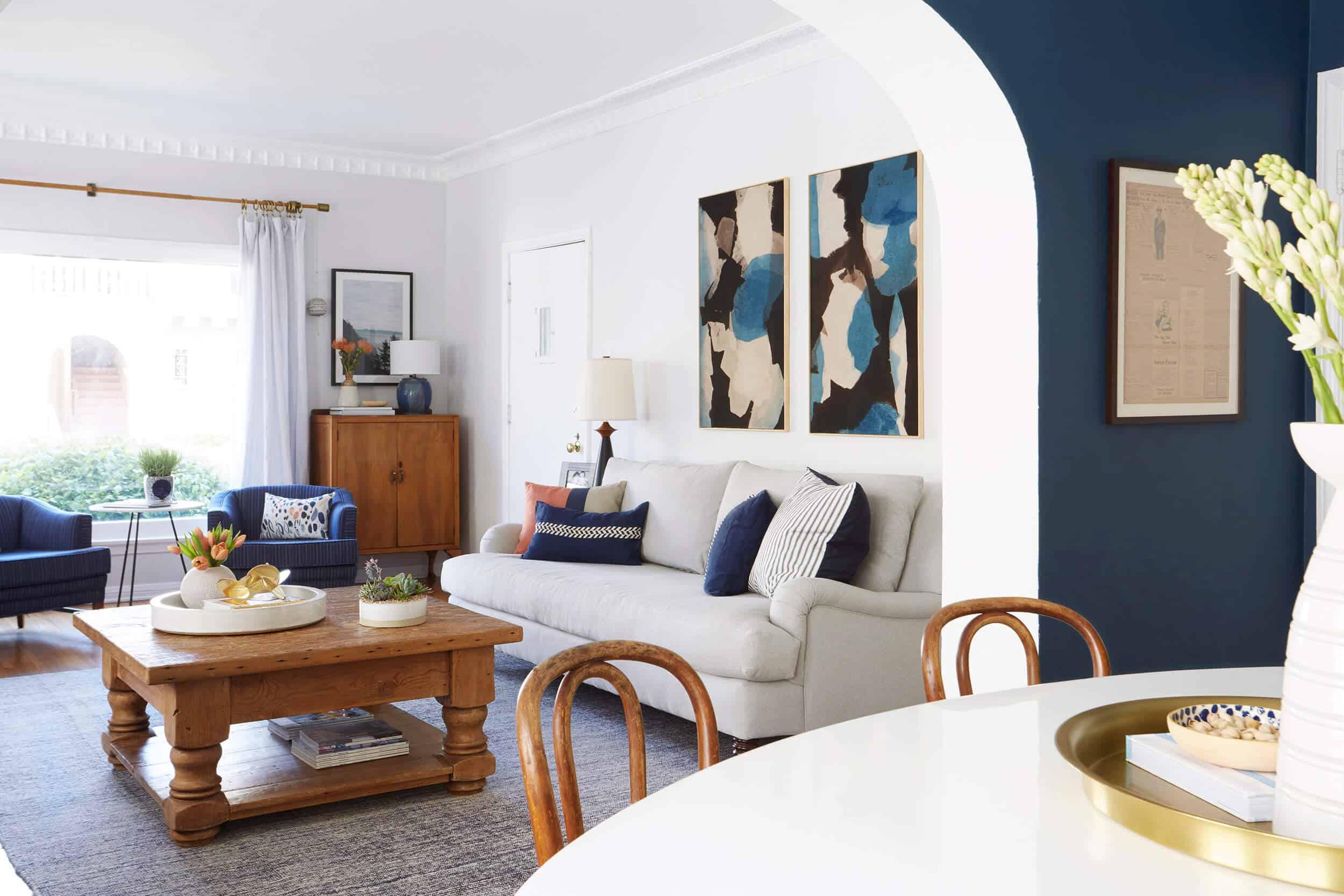 Living Room 1 001