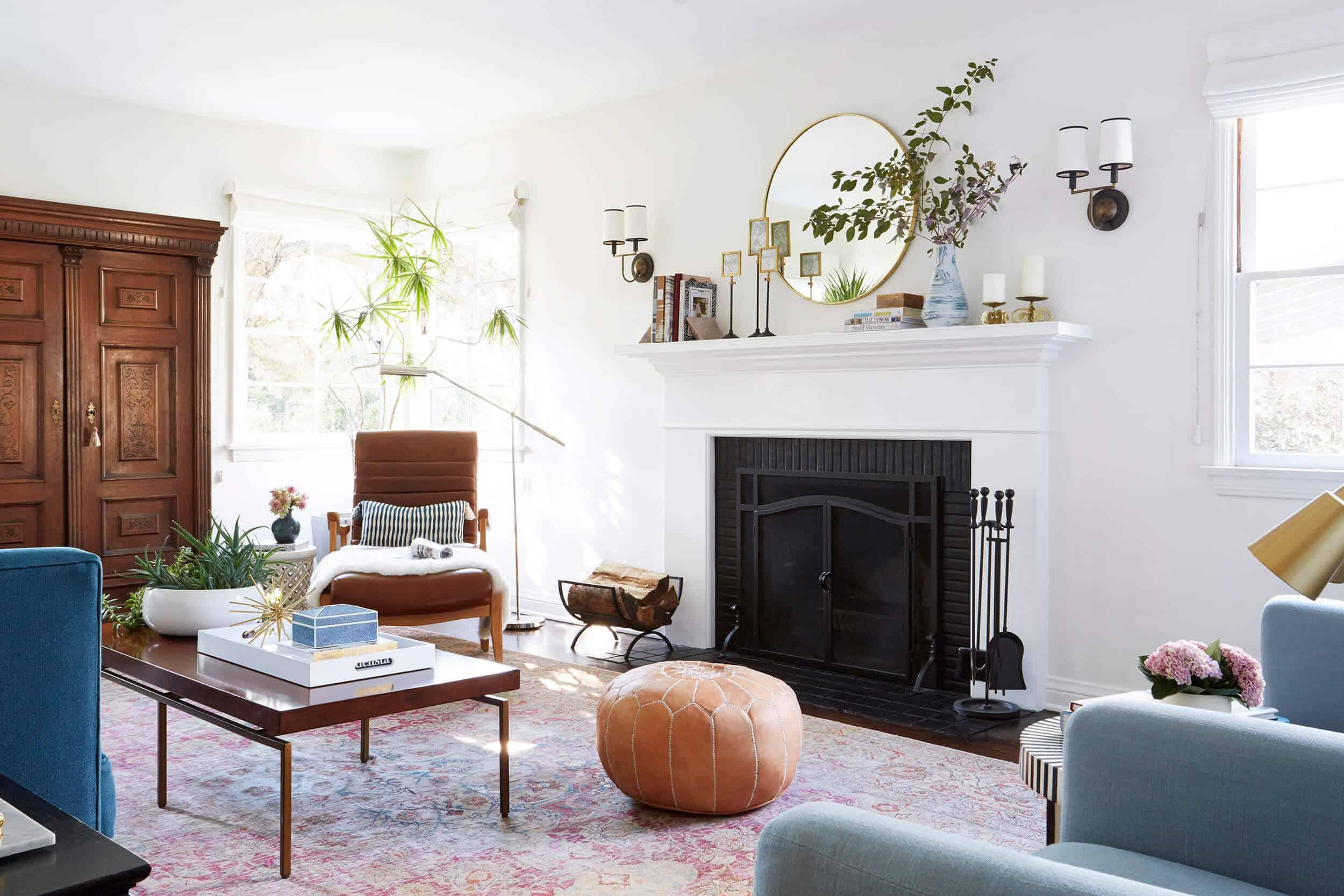 Living Room 1 005