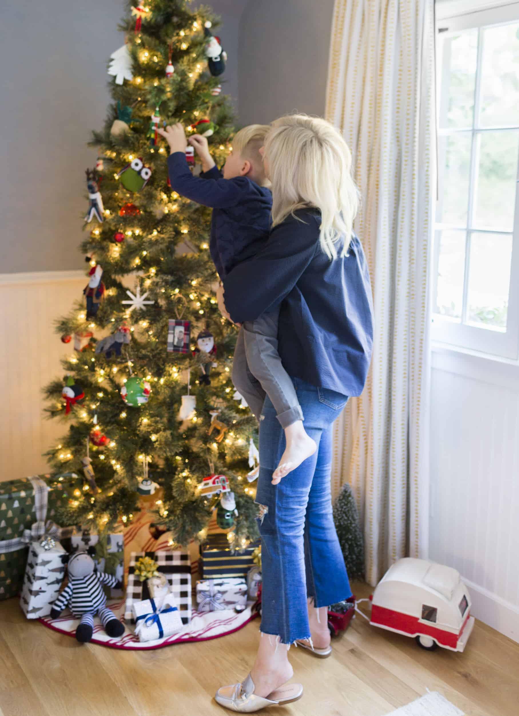 Emily Henderson Christmas Decorating Little Boys Room 141