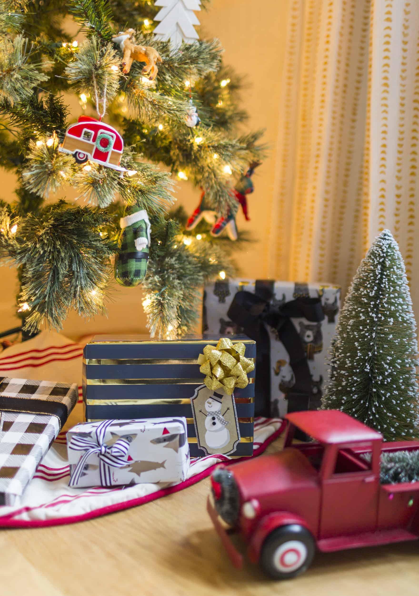Emily Henderson Christmas Decorating Little Boys Room 22