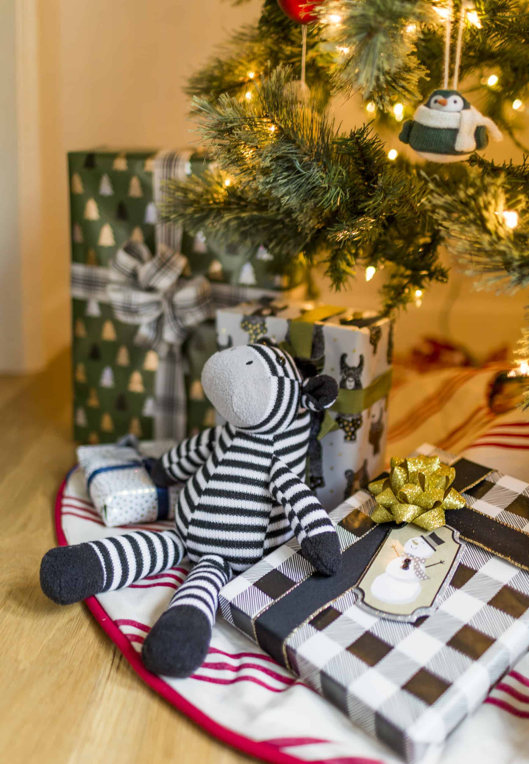 Emily Henderson Christmas Decorating Little Boys Room 51