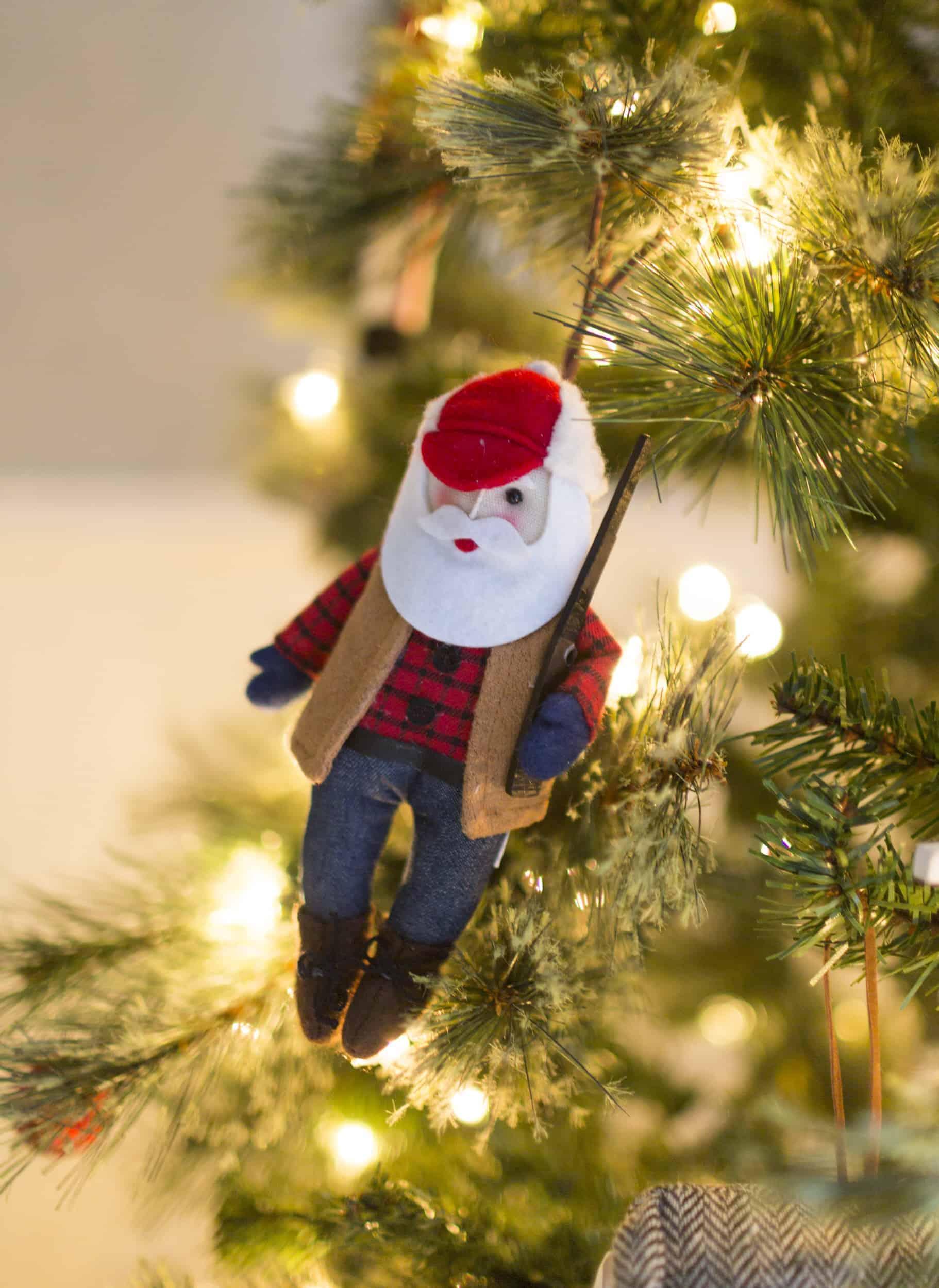 Emily Henderson Christmas Decorating Little Boys Room 71