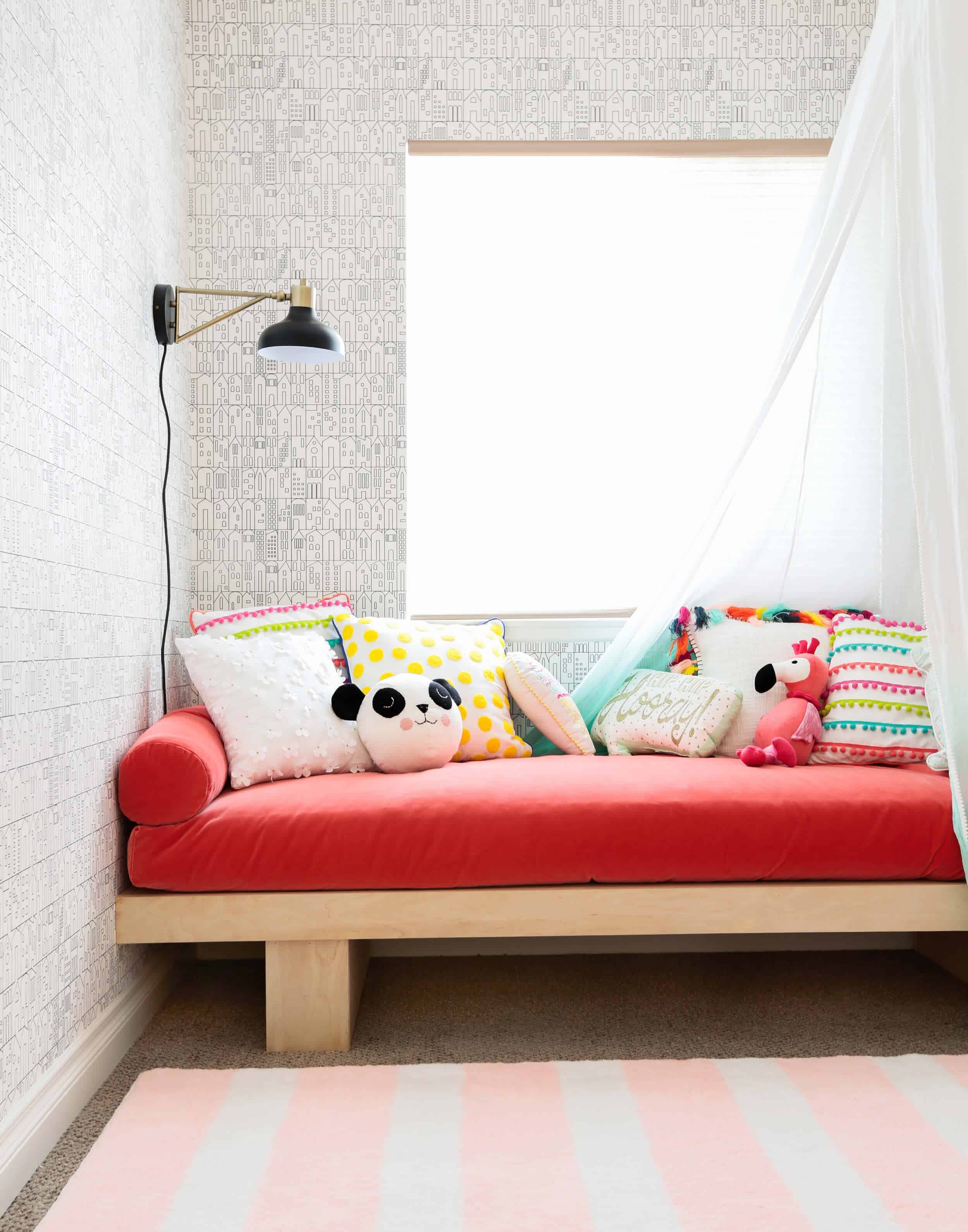 - A Roundup Of 36 Of Our Favorite Daybeds - Emily Henderson
