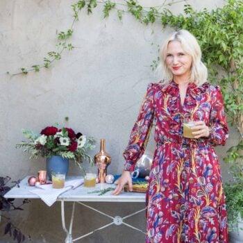 Emily Henderson Waverly Modern English Tudor Holiday Gathering Party Patio 03