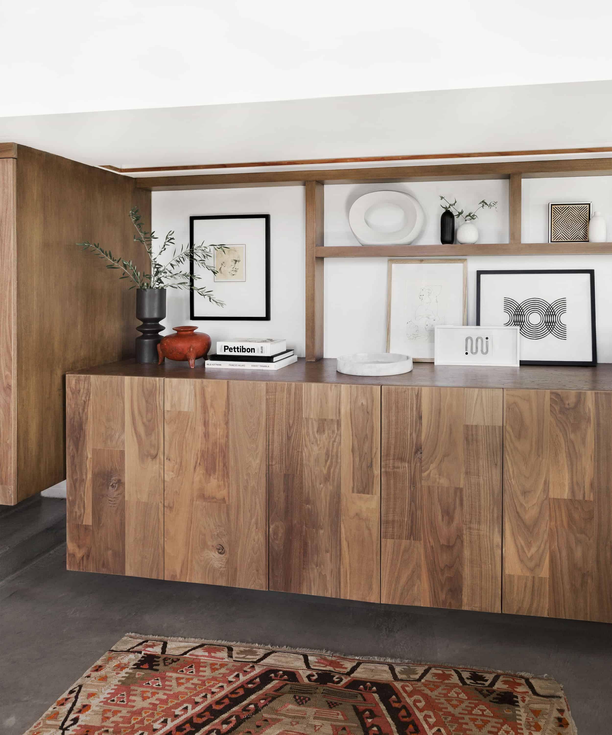 Emily Henderson Corbette Crypton 70s Modern Organic Entry Way 3