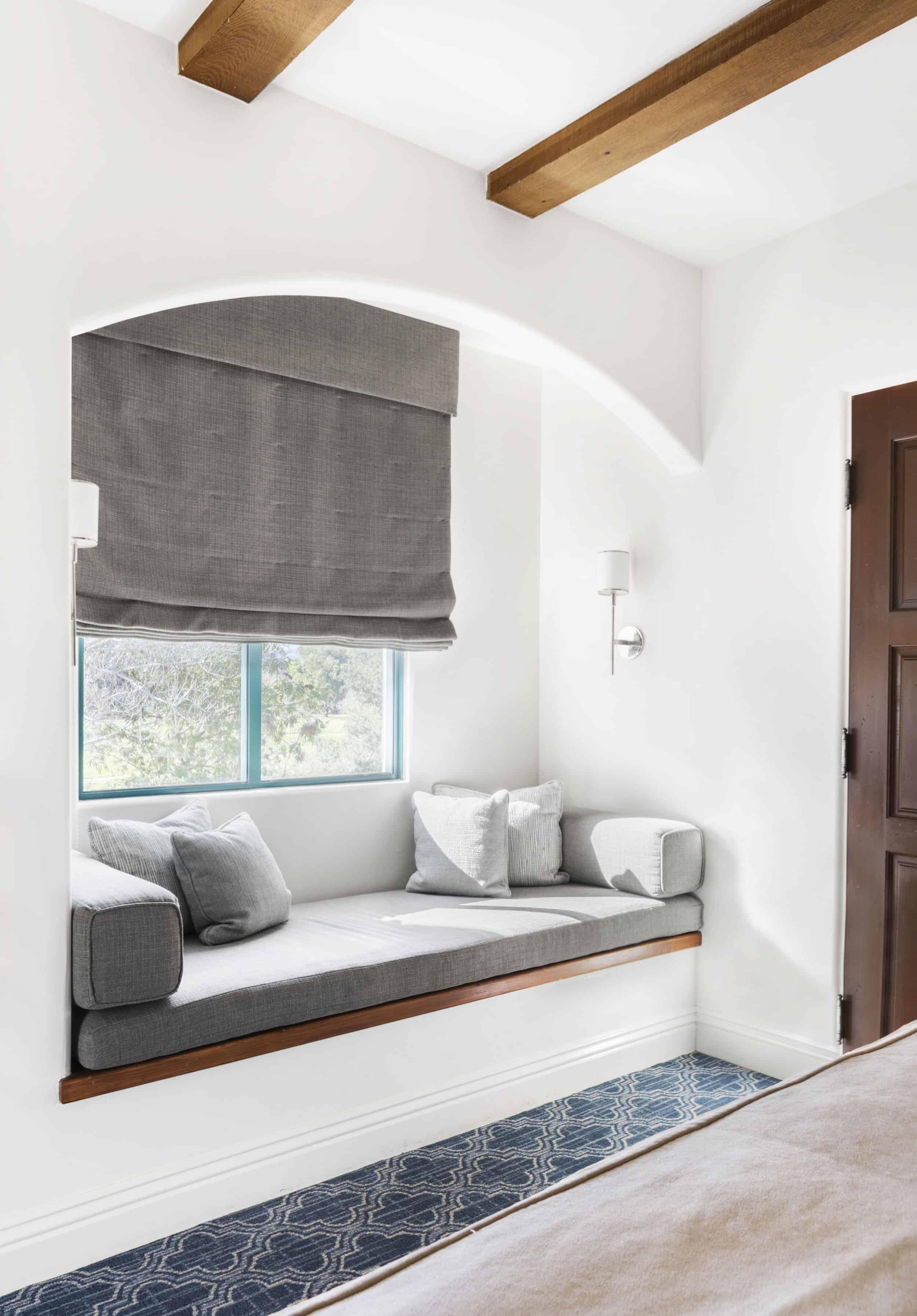 Resort Ojai Valley Rooms Upholstered Window Bench