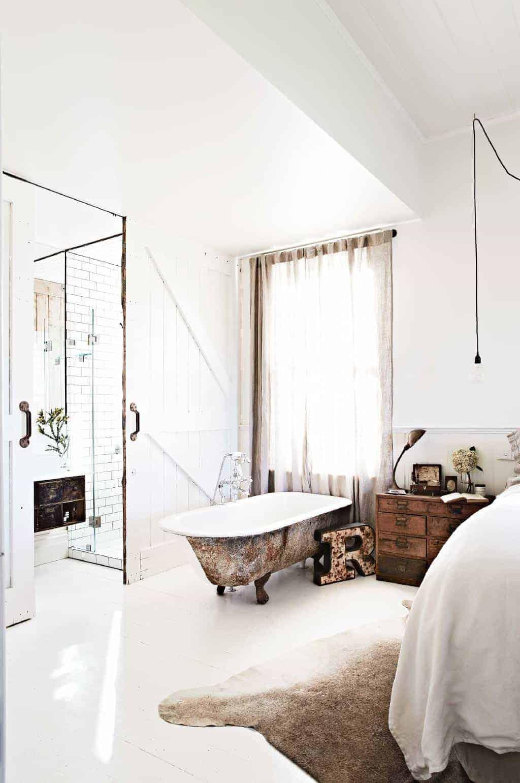 Emily Henderson Design Trends 2018 Bathroom Bathtub In The Bedroom 02
