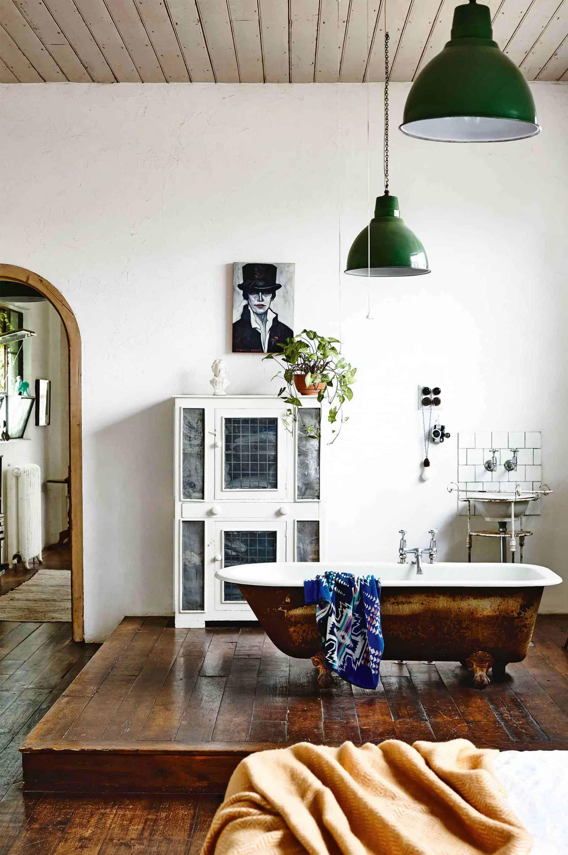 Emily Henderson Design Trends 2018 Bathroom Bathtub In The Bedroom 03
