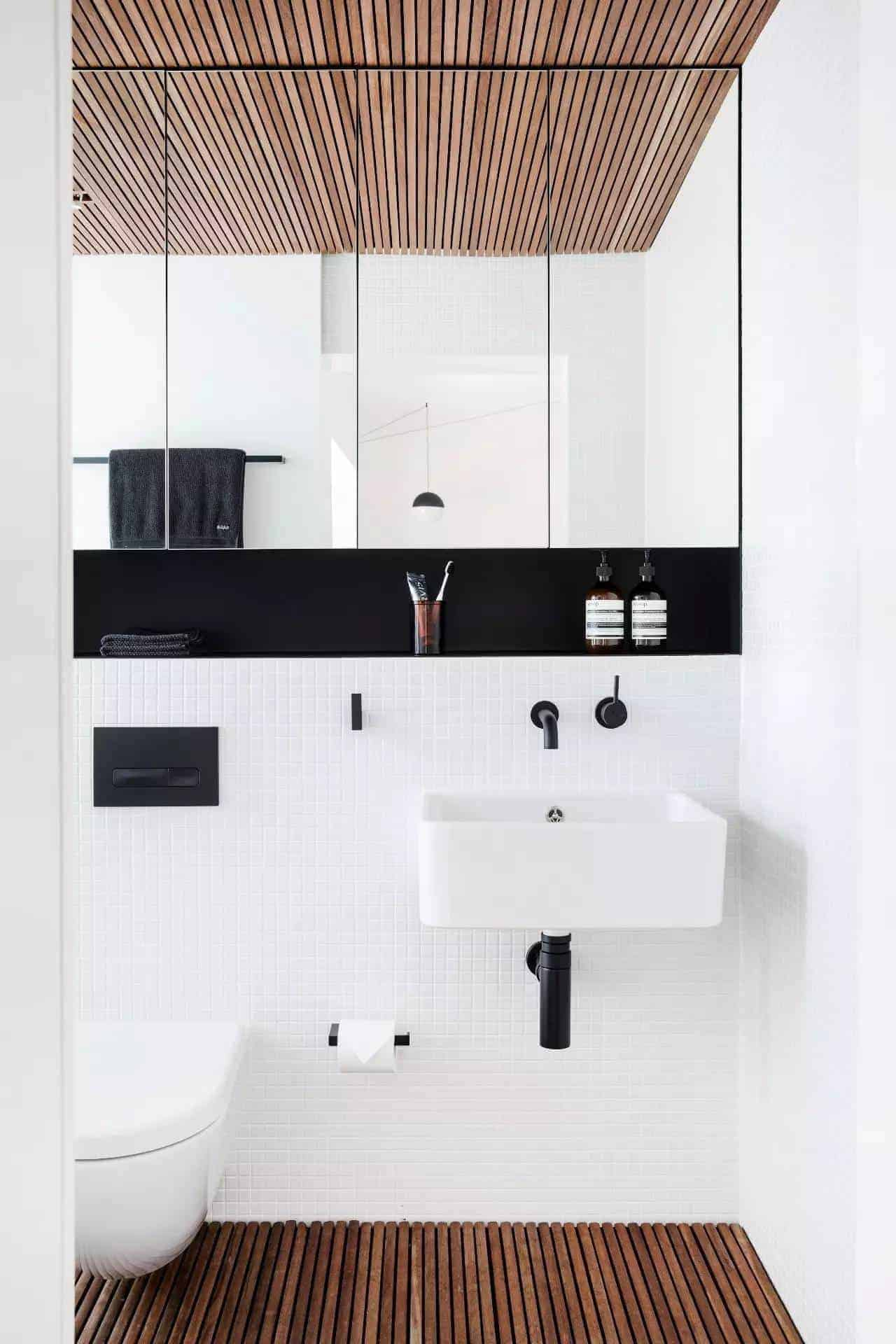 Emily Henderson Design Trends 2018 Bathroom Black Fixture 01