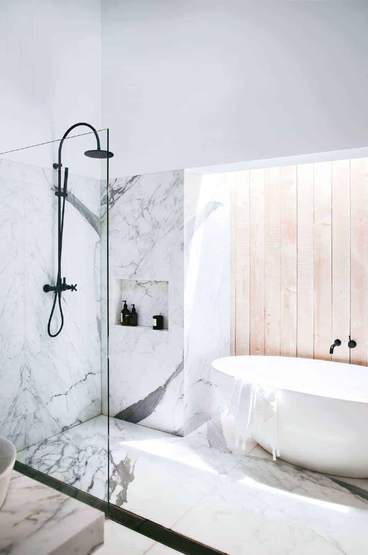 Emily Henderson Design Trends 2018 Bathroom Freestanding Bath 03