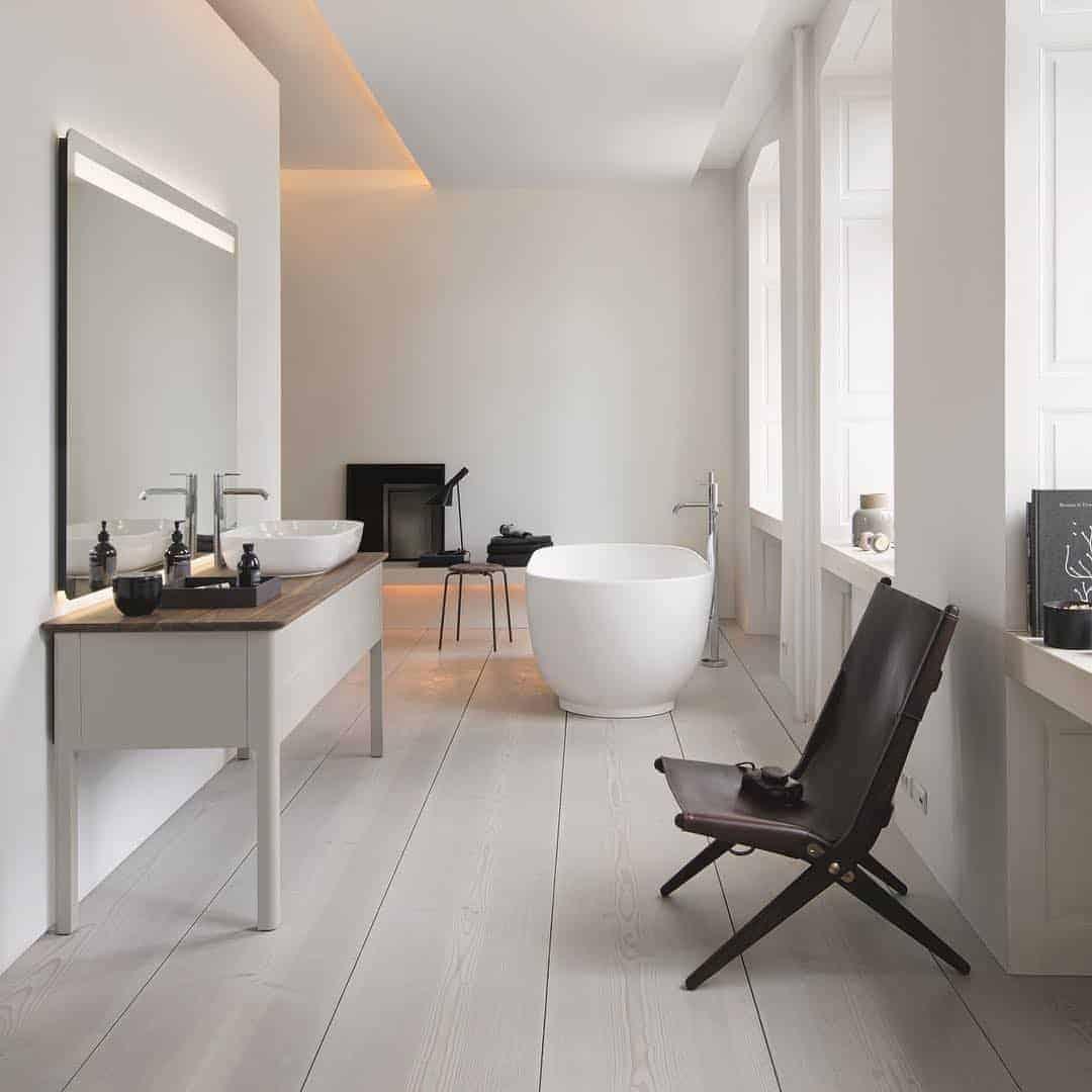 Emily Henderson Design Trends 2018 Bathroom Freestanding Bath 05