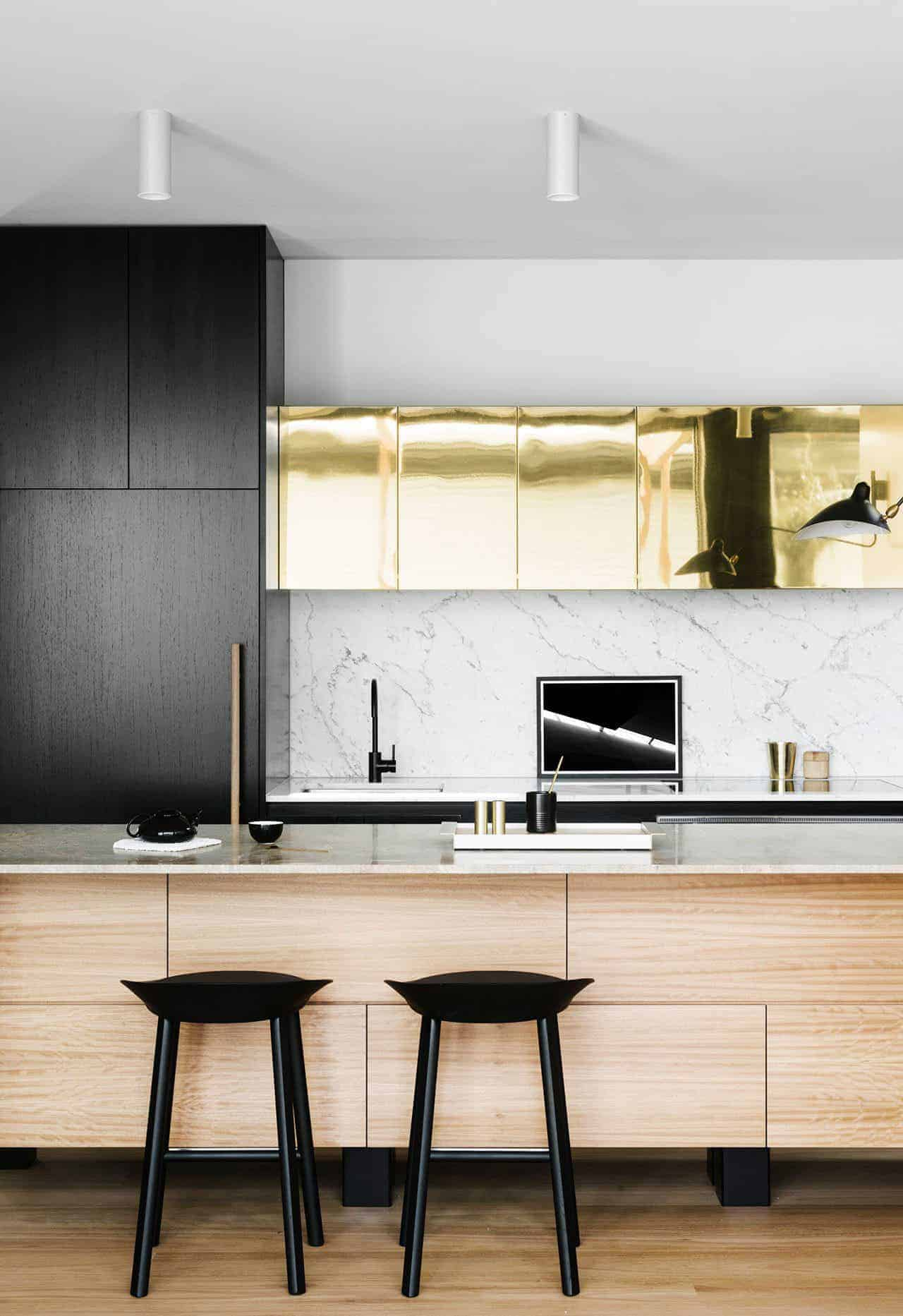 Emily Henderson Design Trends 2018 Kitchen Black Fixture 04