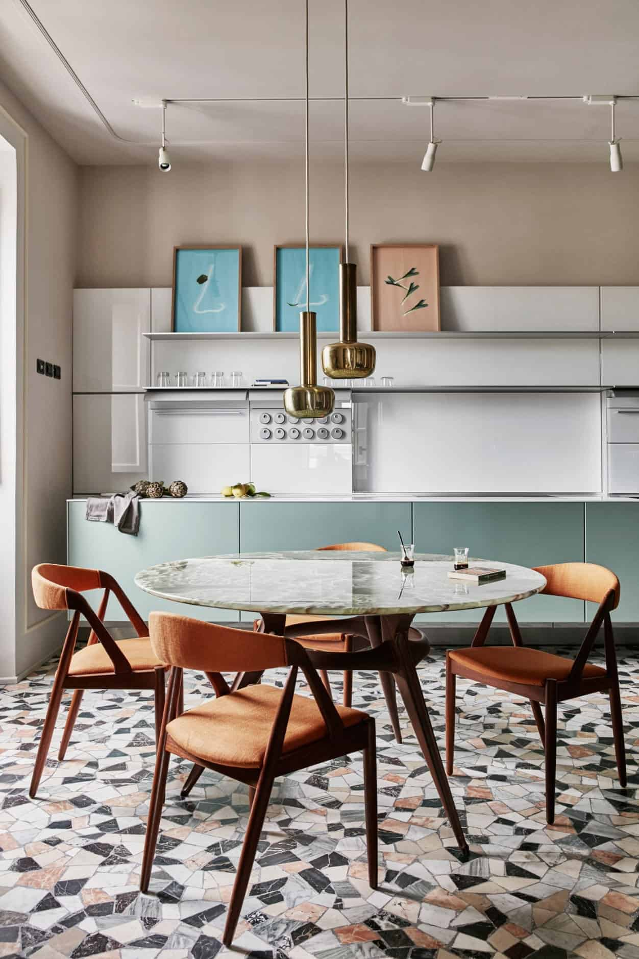 Emily Henderson Design Trends 2018 Kitchen Eat In 01