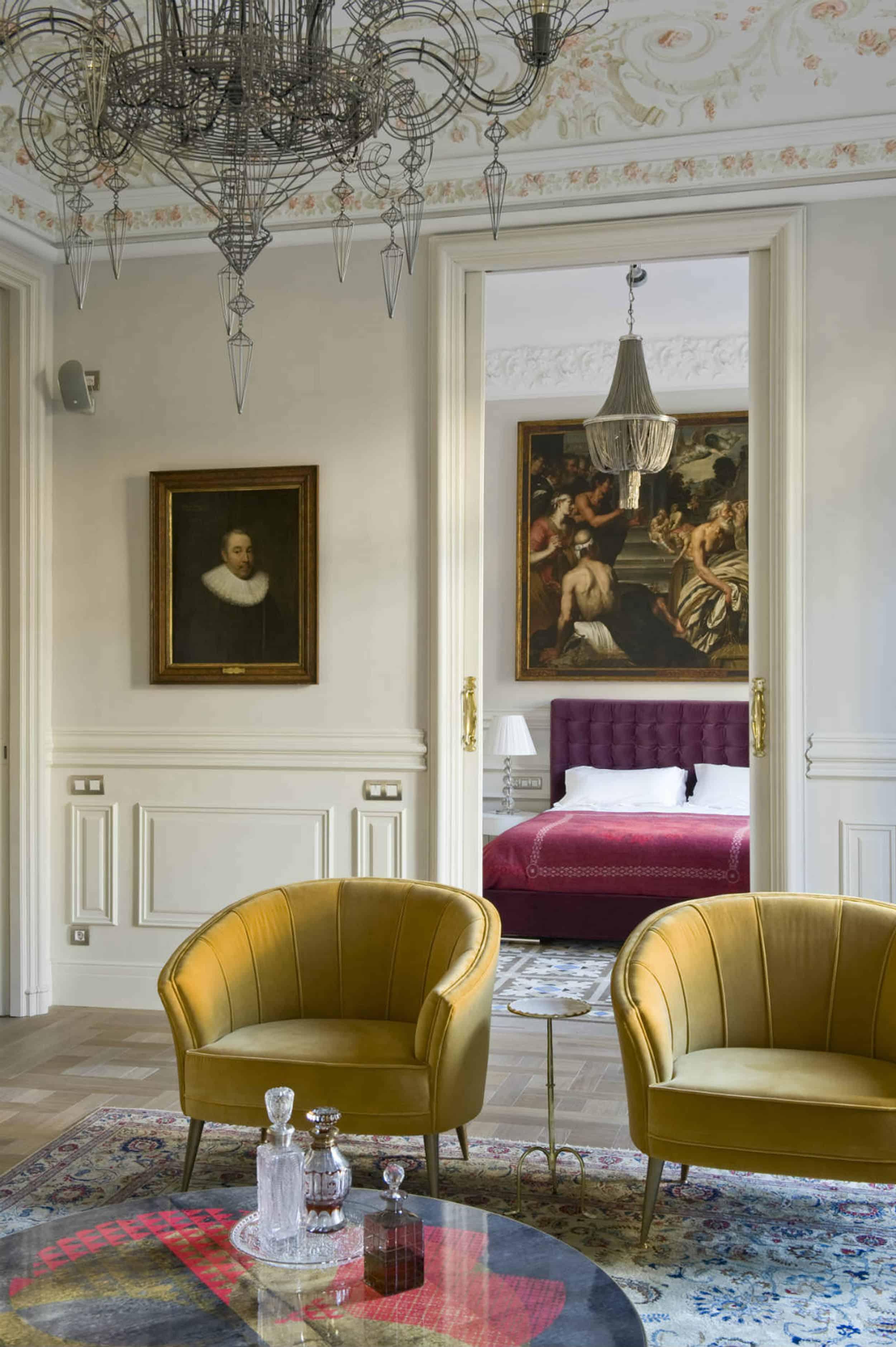 Modern Victorian velvet chairs velvet bed