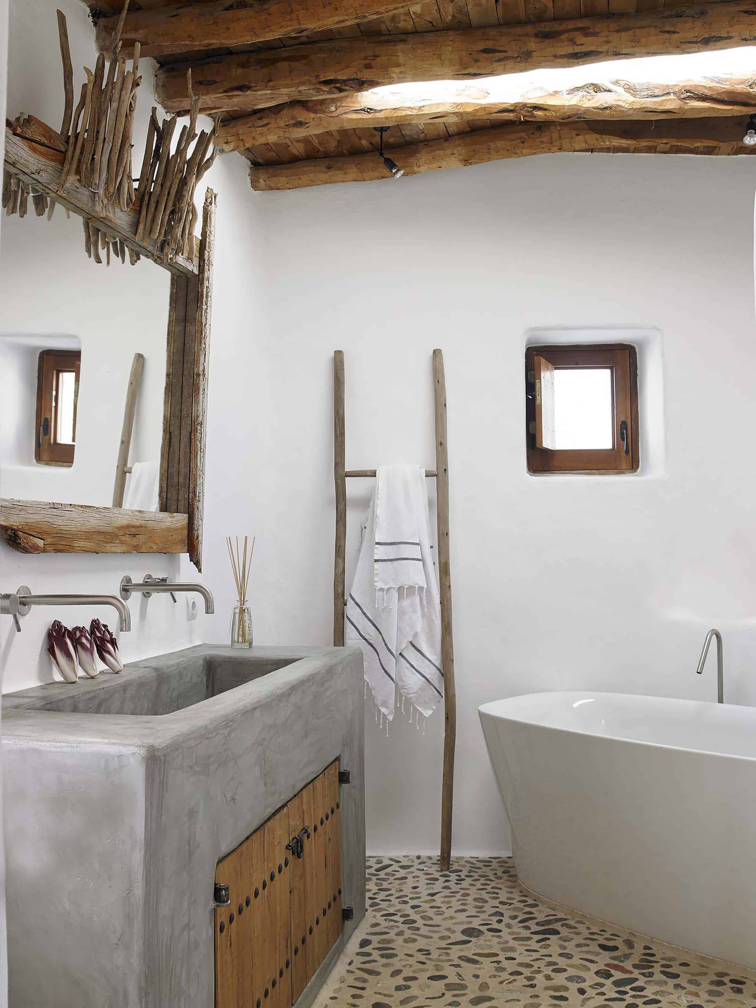 Emily Henderson Mountain Fixer Upper Rethink The Pebble Bathrooms Boho Bathroom