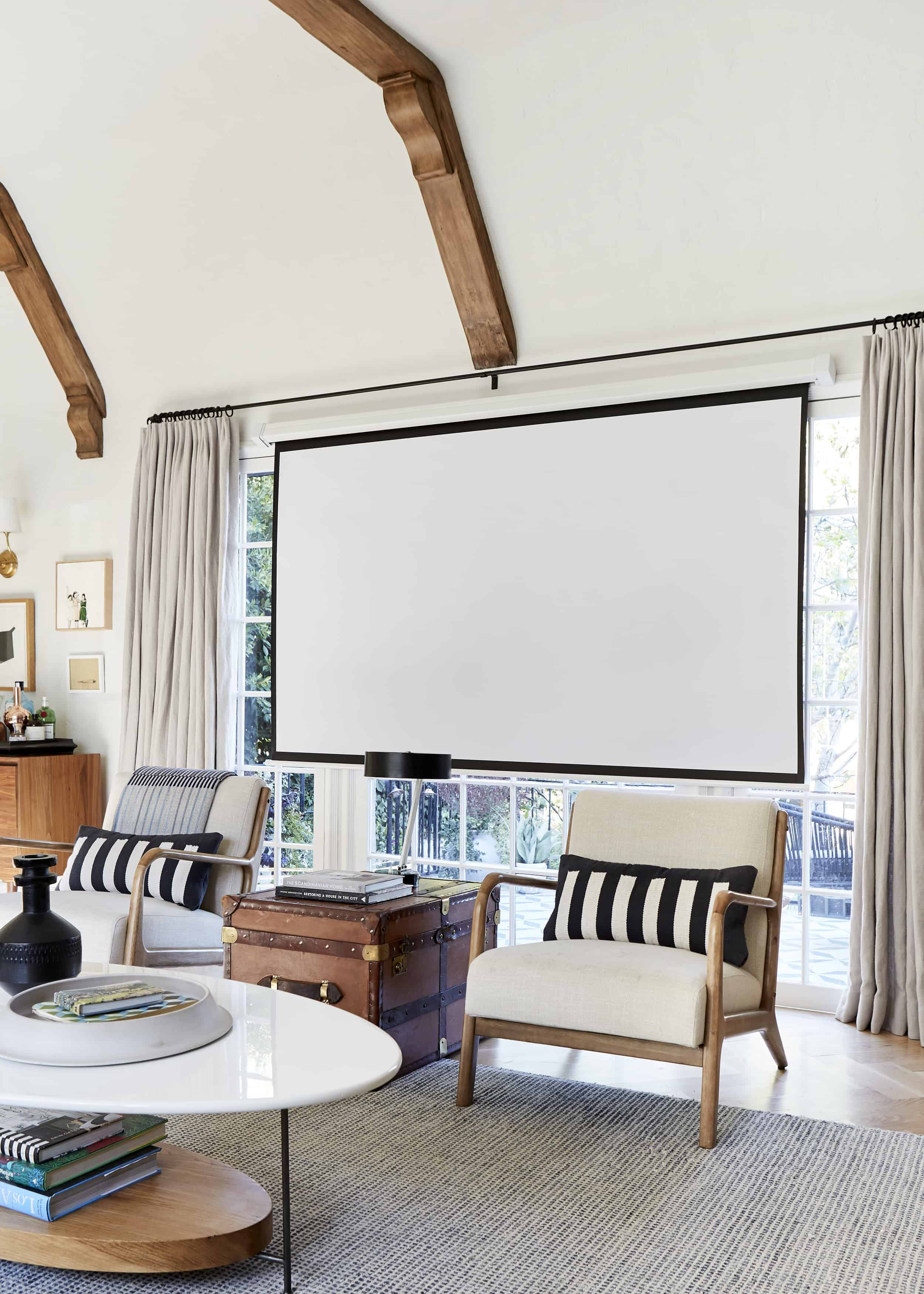 At Home Pull Down Projector Screen
