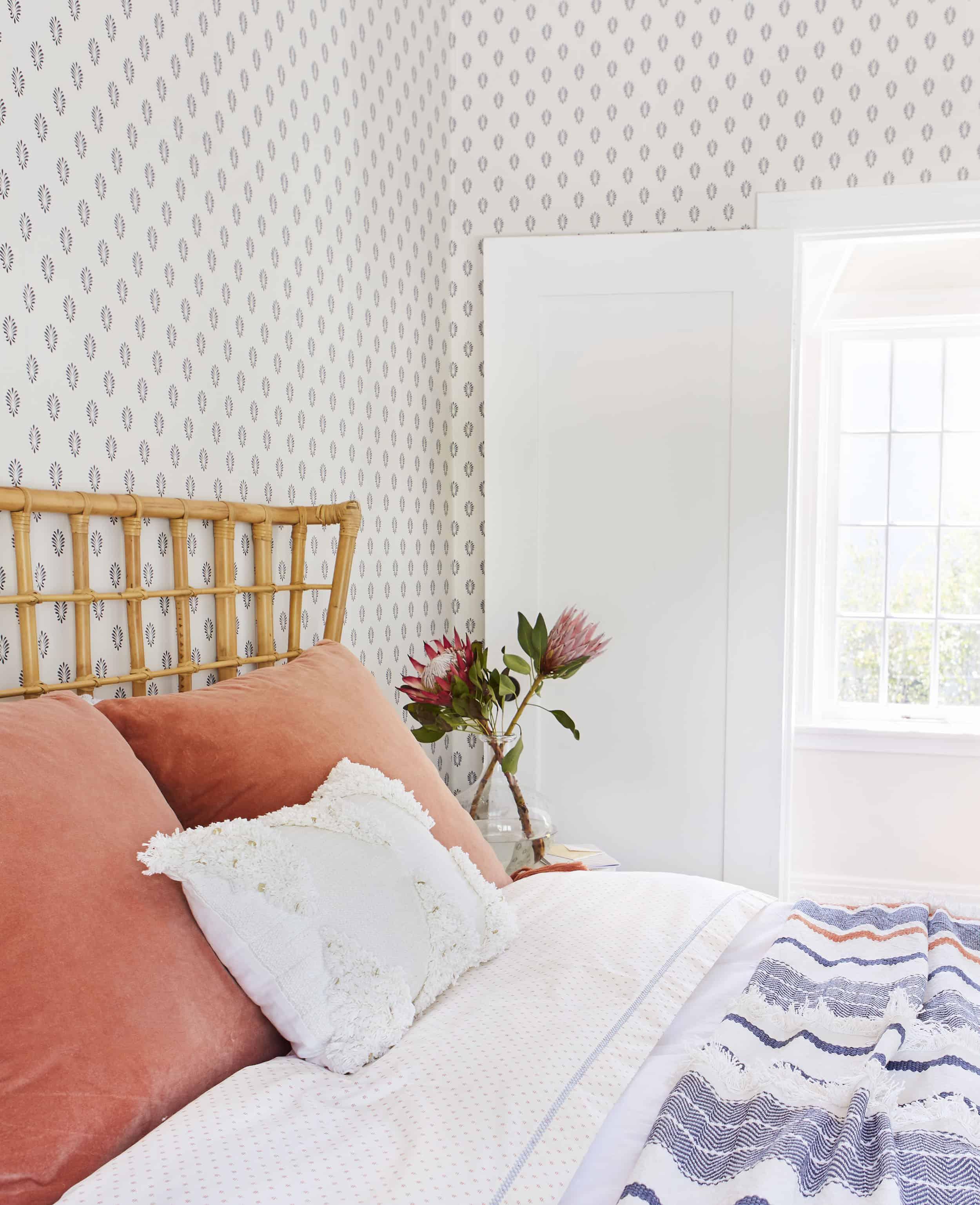 Rattan 70s Inspiried Bedroom