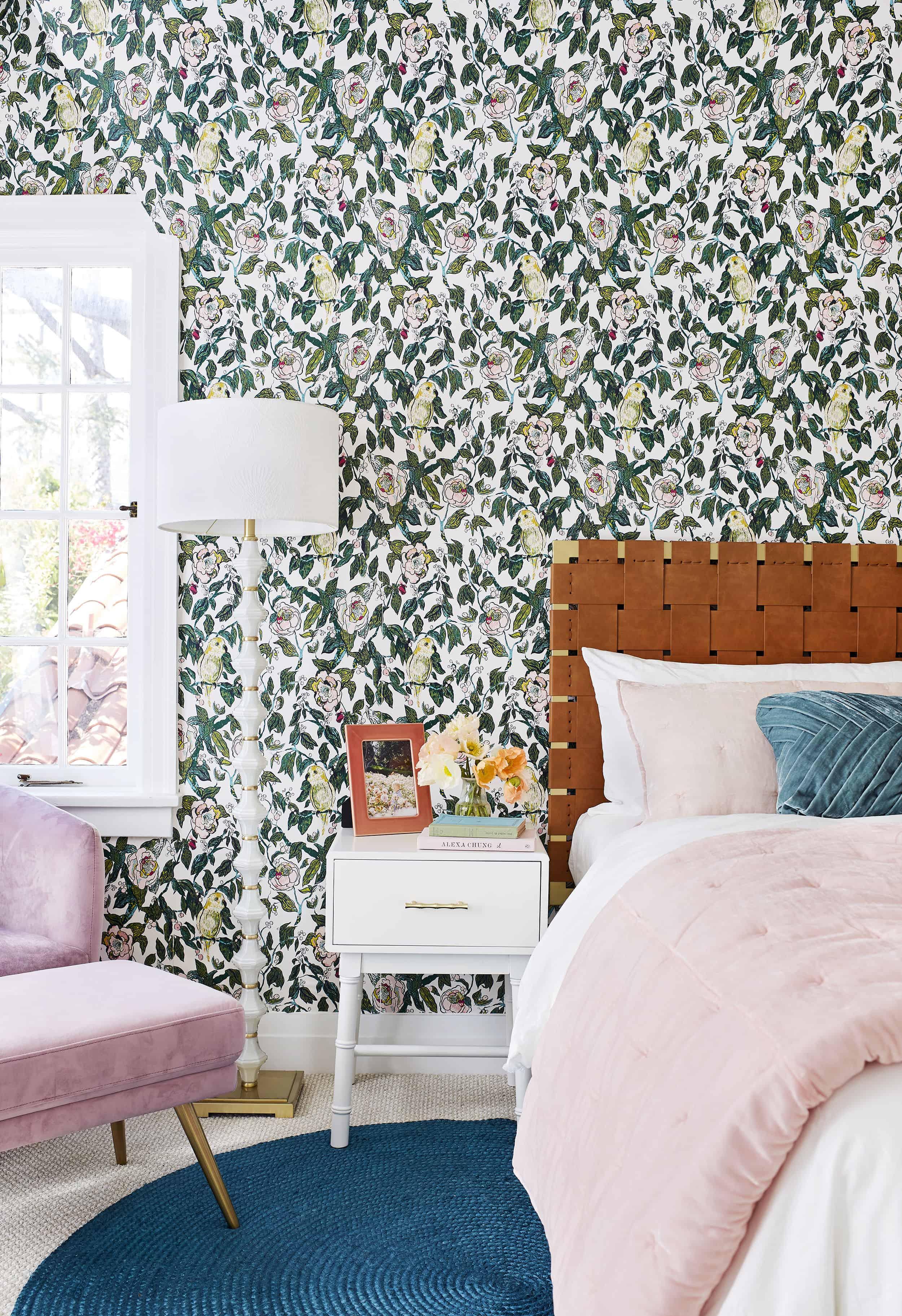Romantic Vintage Glam Bedroom1