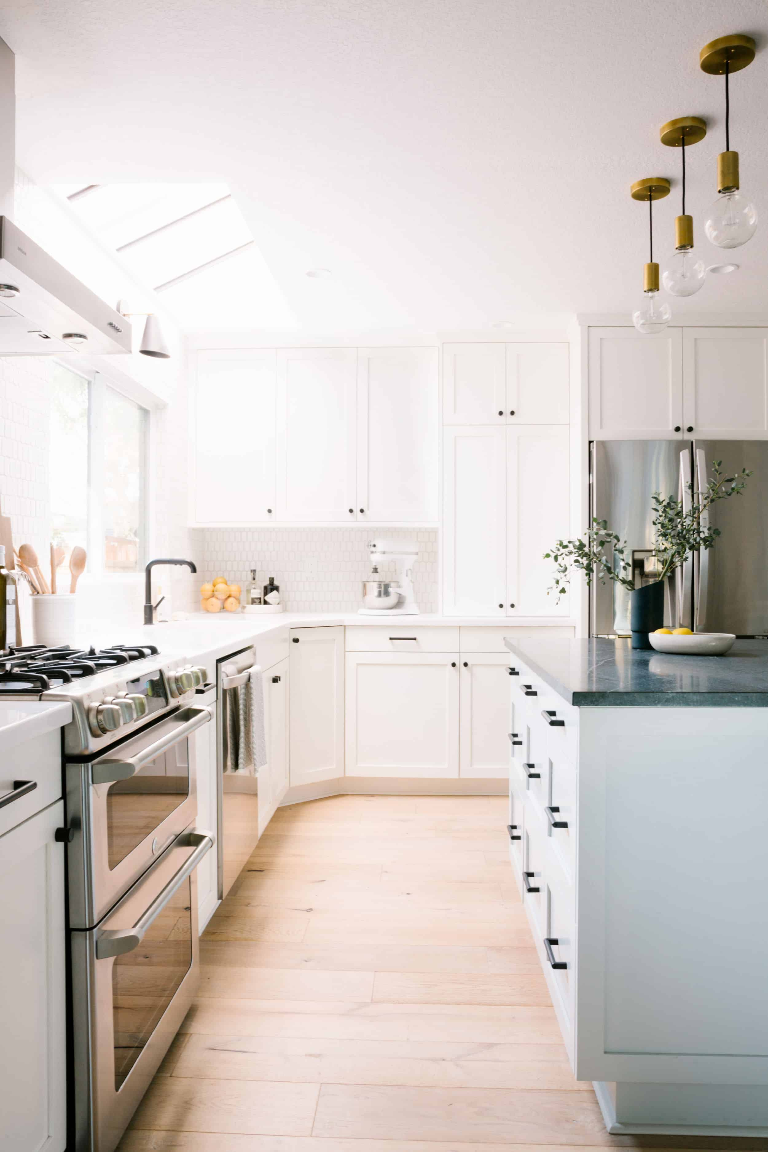 Samantha Gluck Emily Henderson Bright Traditional Kitchen1
