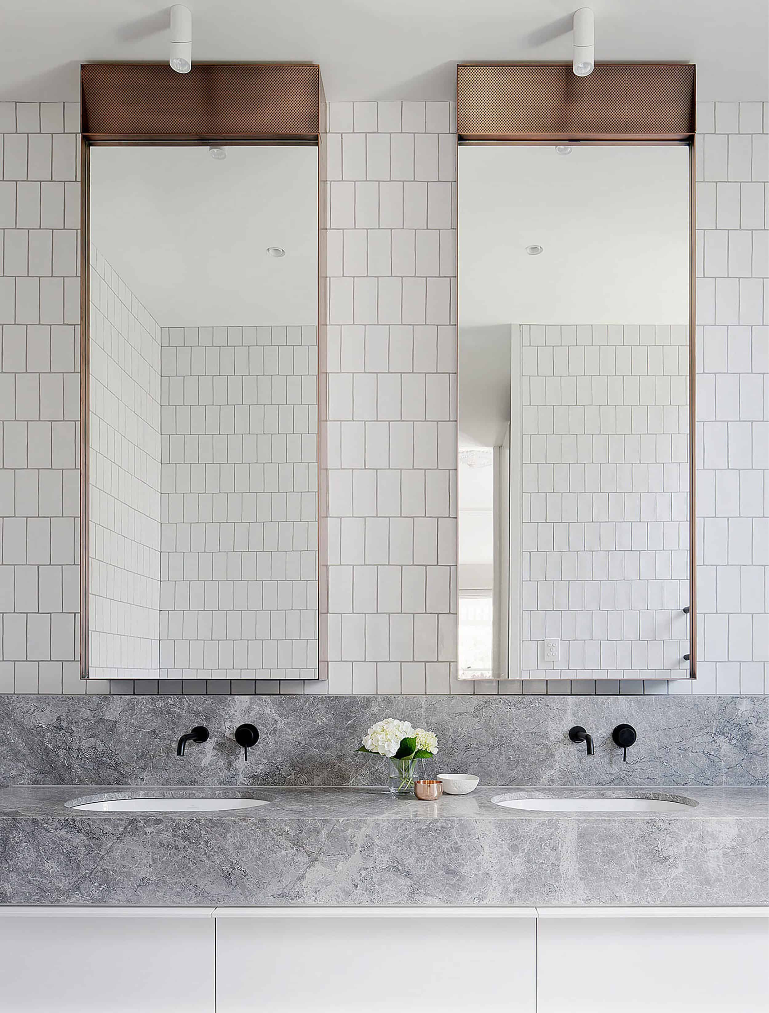 17 Fresh Inspiring Bathroom Mirror Ideas To Shake Up Your Morning Lipstick Routine