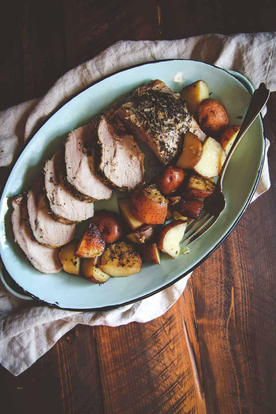 Easy Kid Friendly Slow Cooker Meals 5 Ingredient Crockpot Pork Roast And Potatoes 6