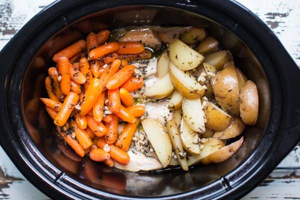 Easy Kid Friendly Slow Cooker Meals Garlic Butter Chicken And Veggies 1