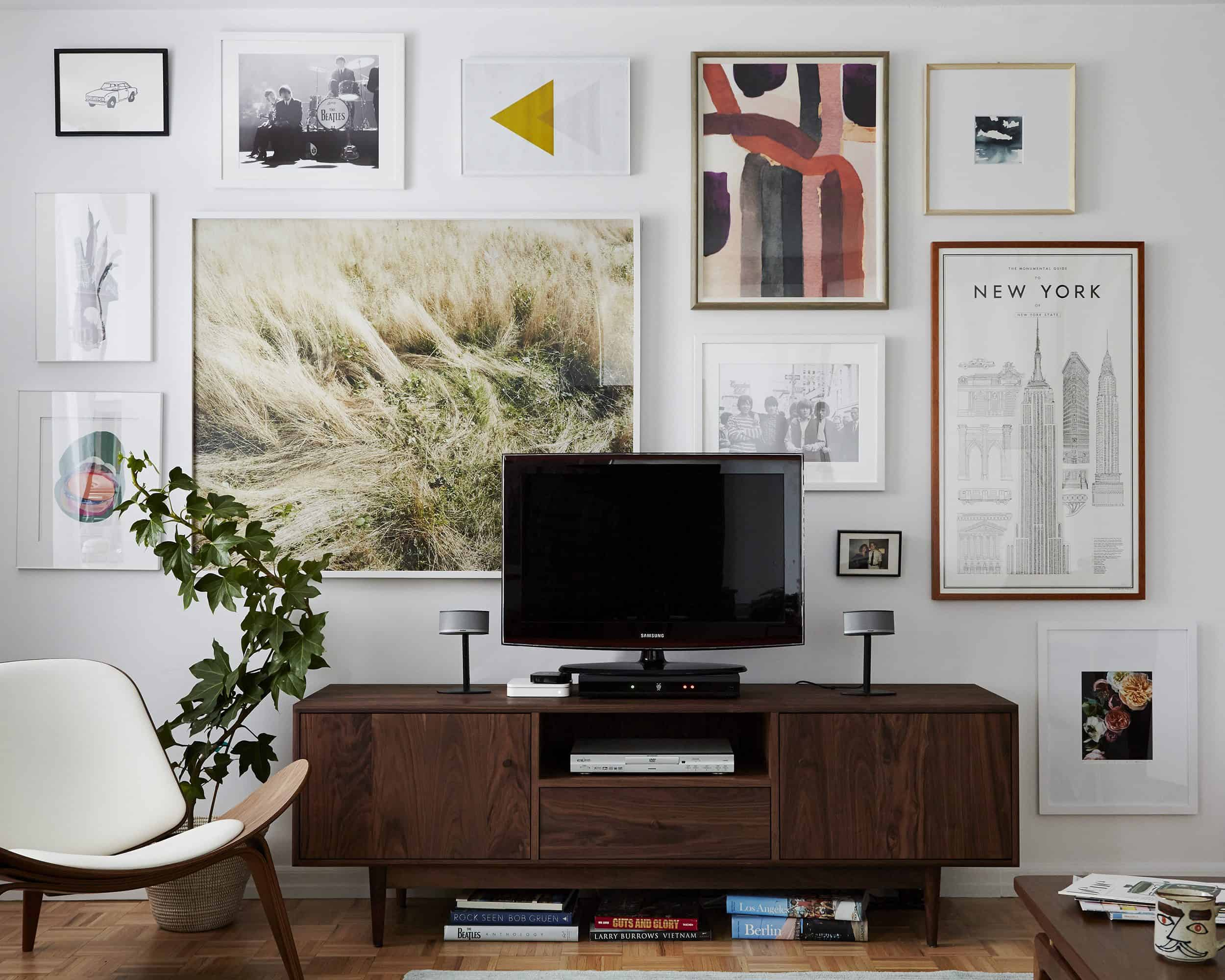 How to Style a Media Console