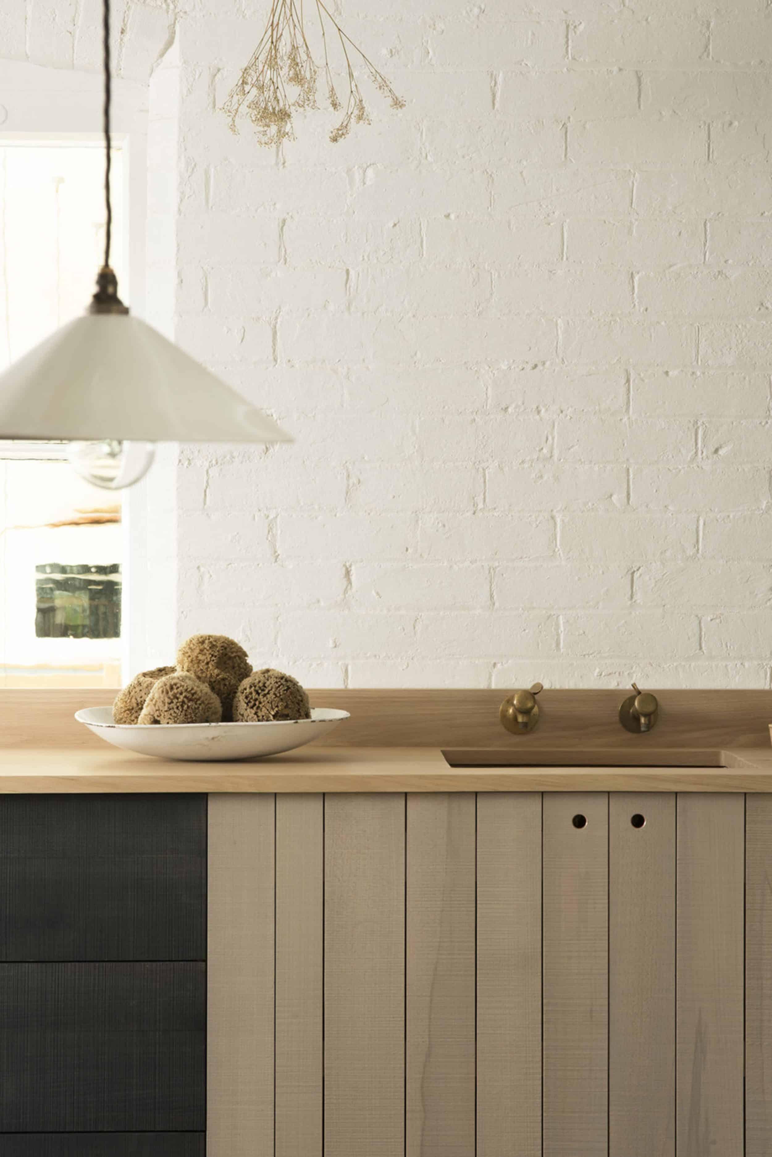 deVOL Kitchen Rustic Cabinets