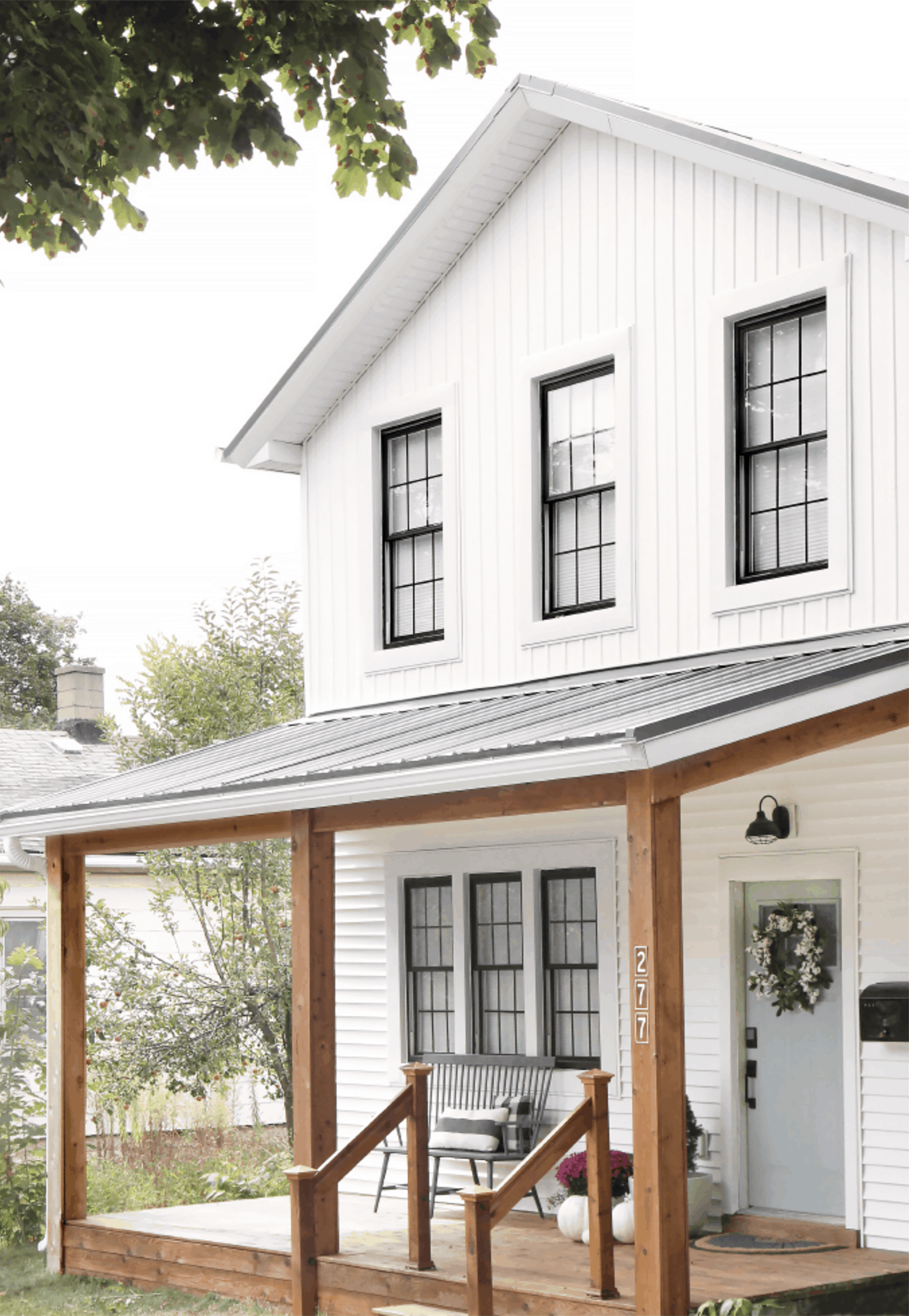 White House Exterior With Porch