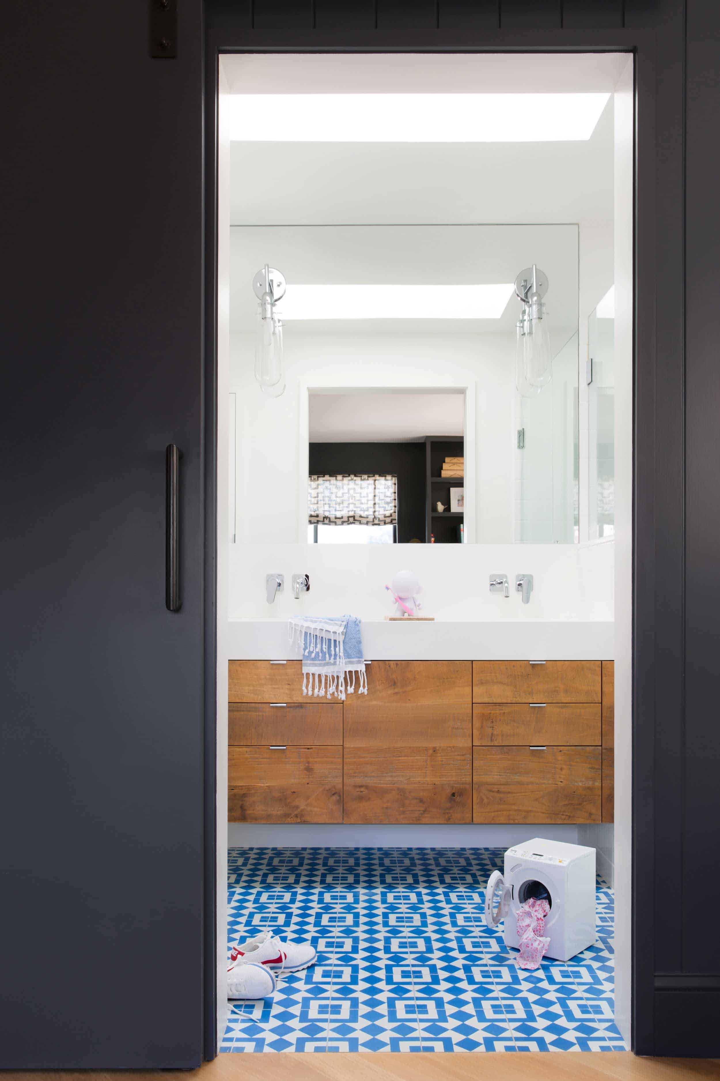 Emily Henderson_Regan Baker Design_Kids Bathroom