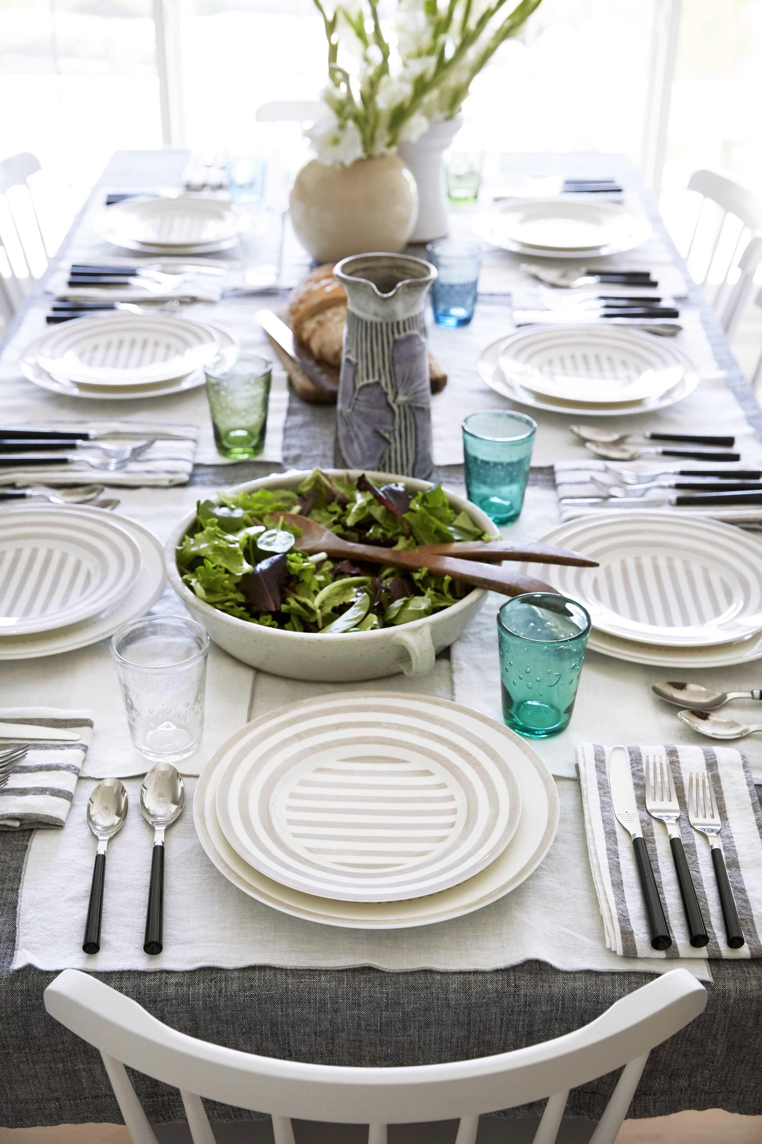 Dining Room Details 015