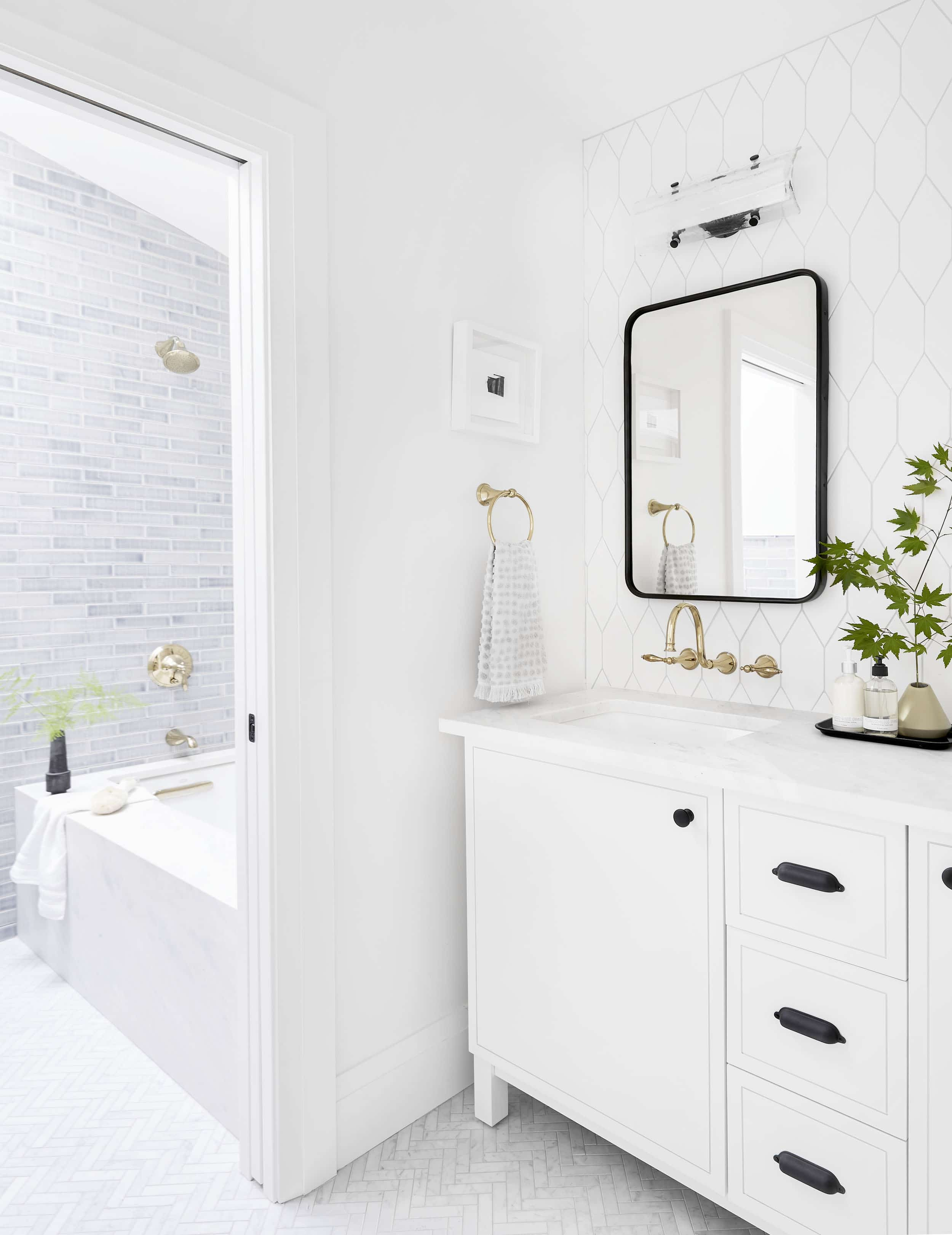 4 Rules You Need To Know Before Picking Tile For Your Bathroom Or Kitchen Reno Emily Henderson