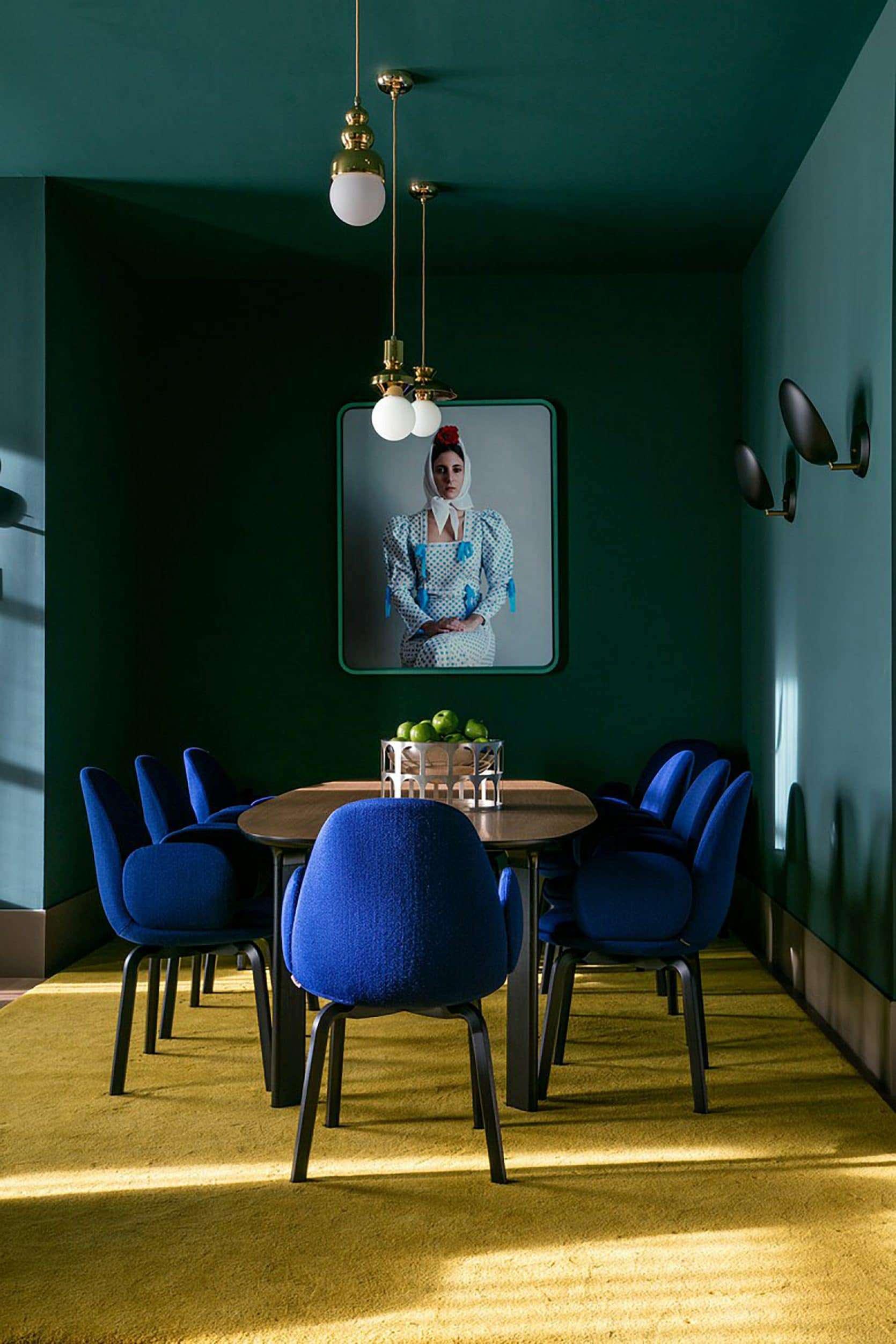 Dark Green Walls, Hayon Studio color trends 2018