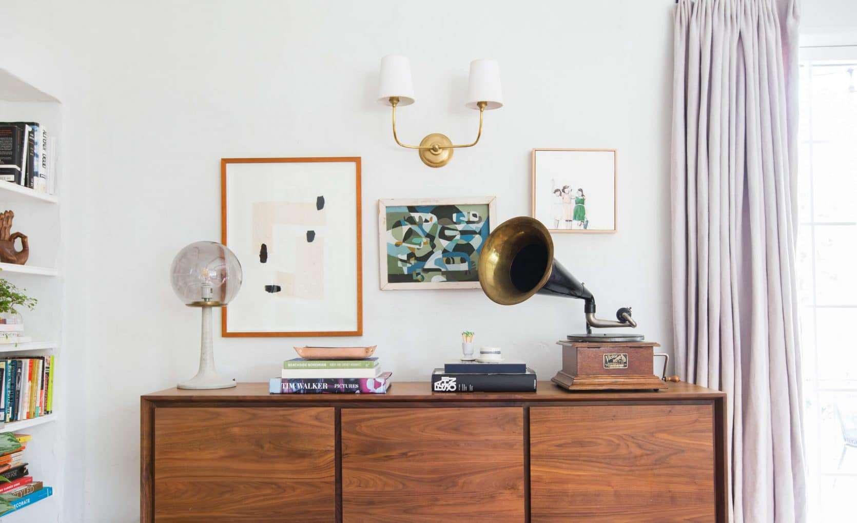 Emily Henderson Modern English Cottage Tudor Living Room Reveal12