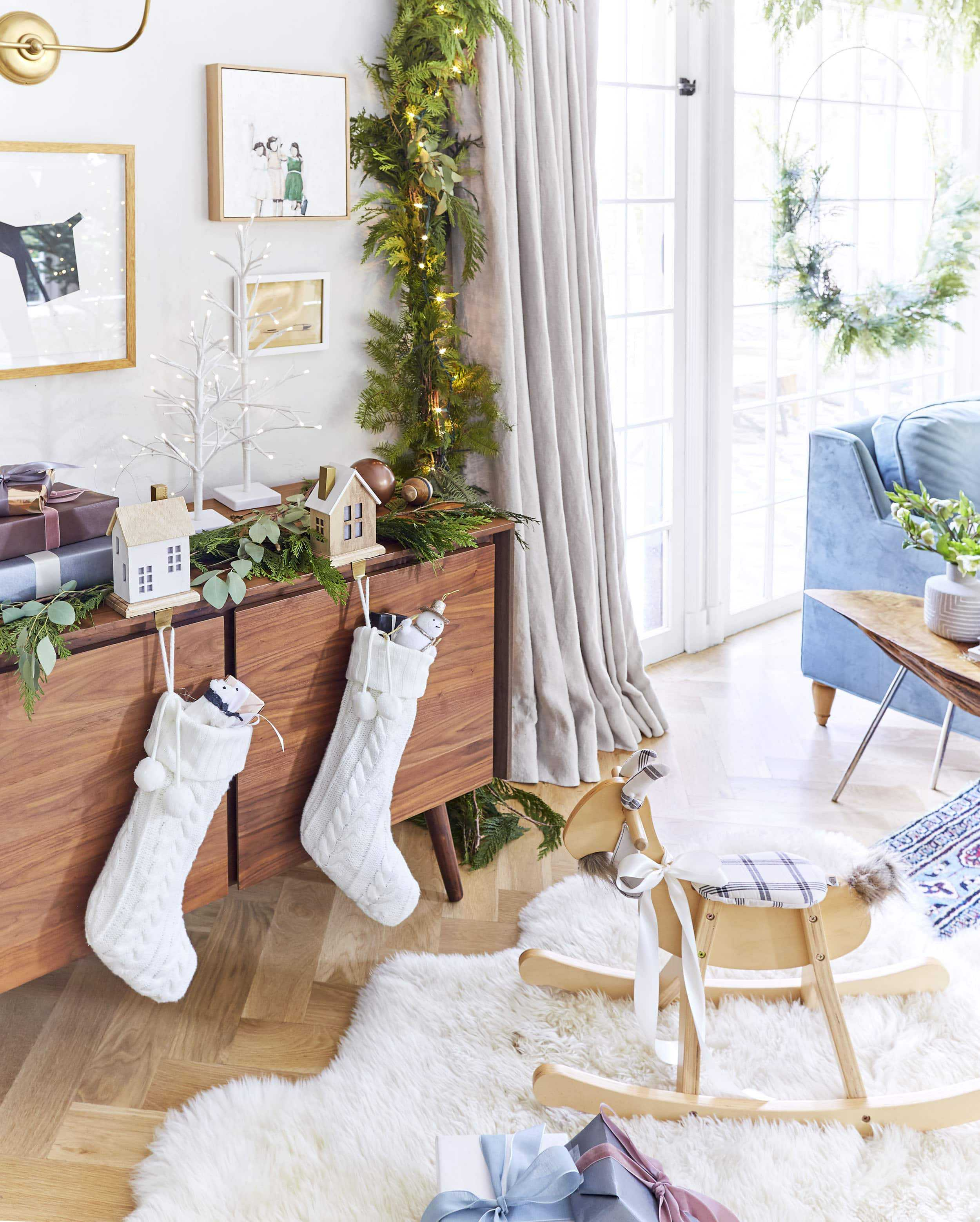 Emily Henderson Waverly 2018 Holiday 6