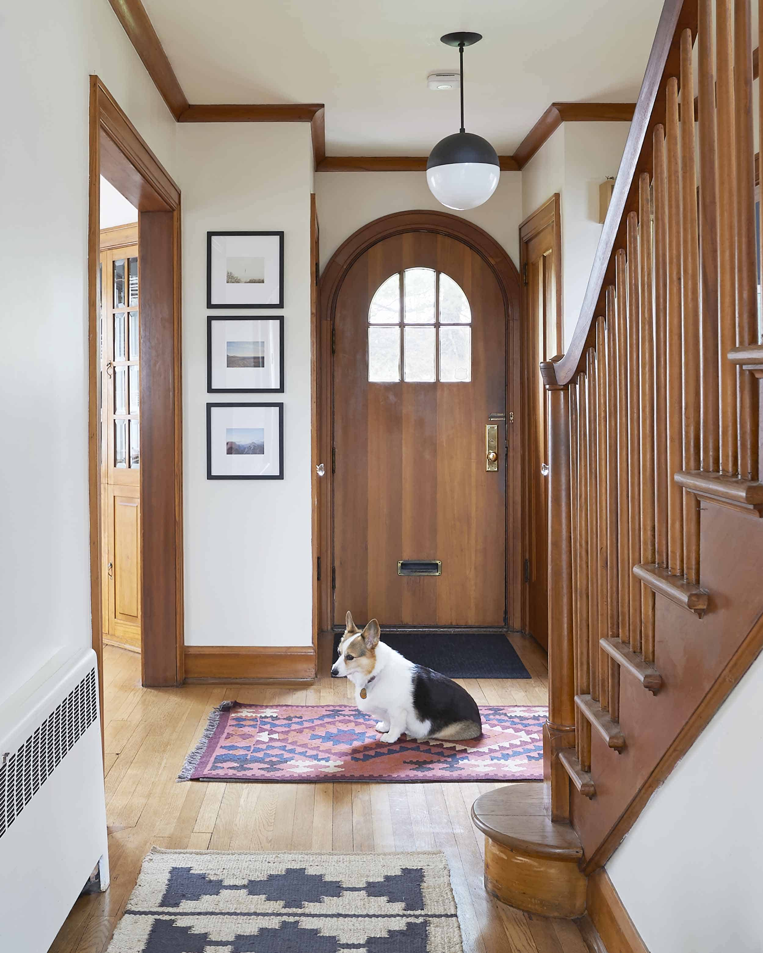 Ehd House Tour Emily Cosnotti Entryway 001