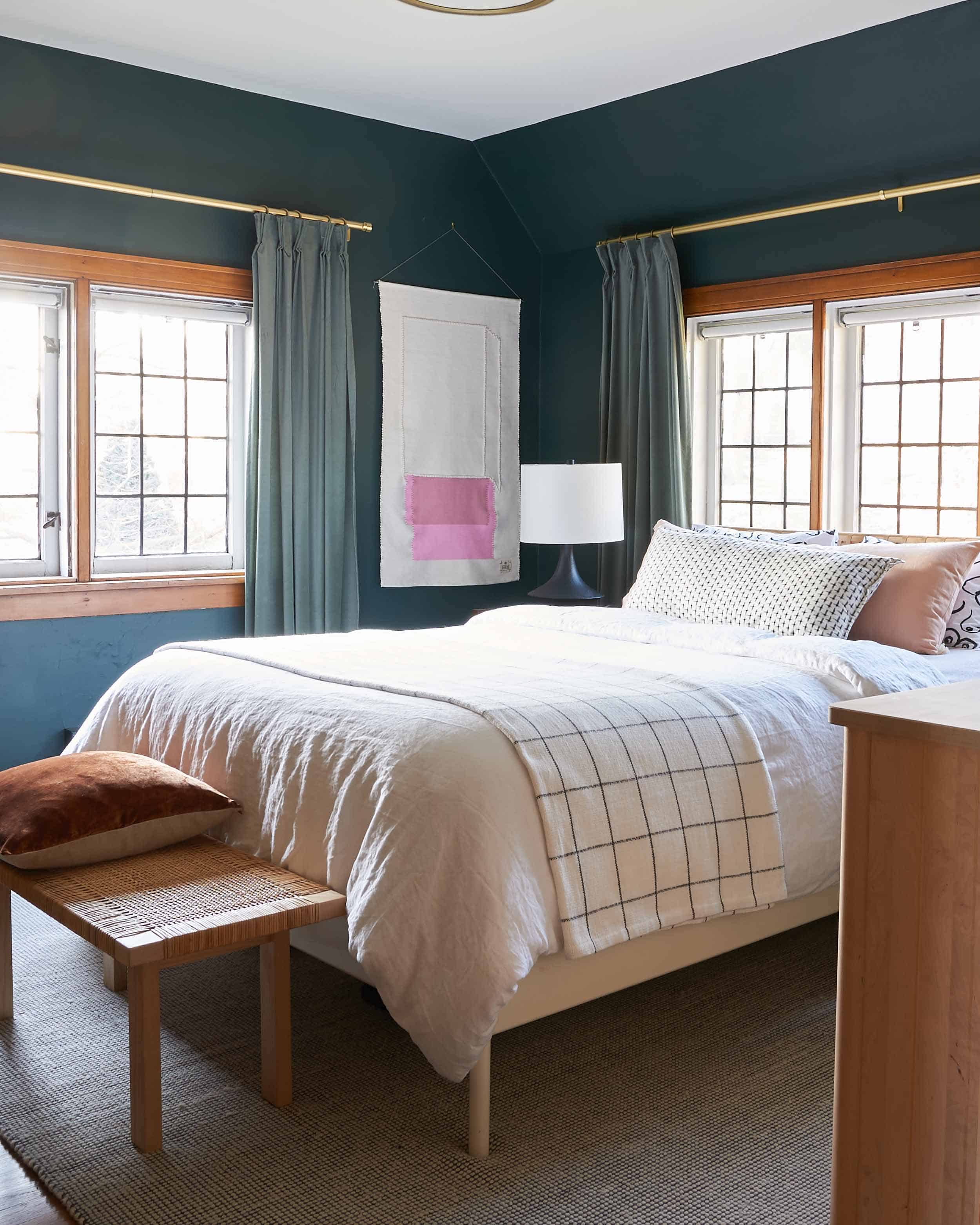 Ehd House Tour Emily Cosnotti Guestbedroom 001