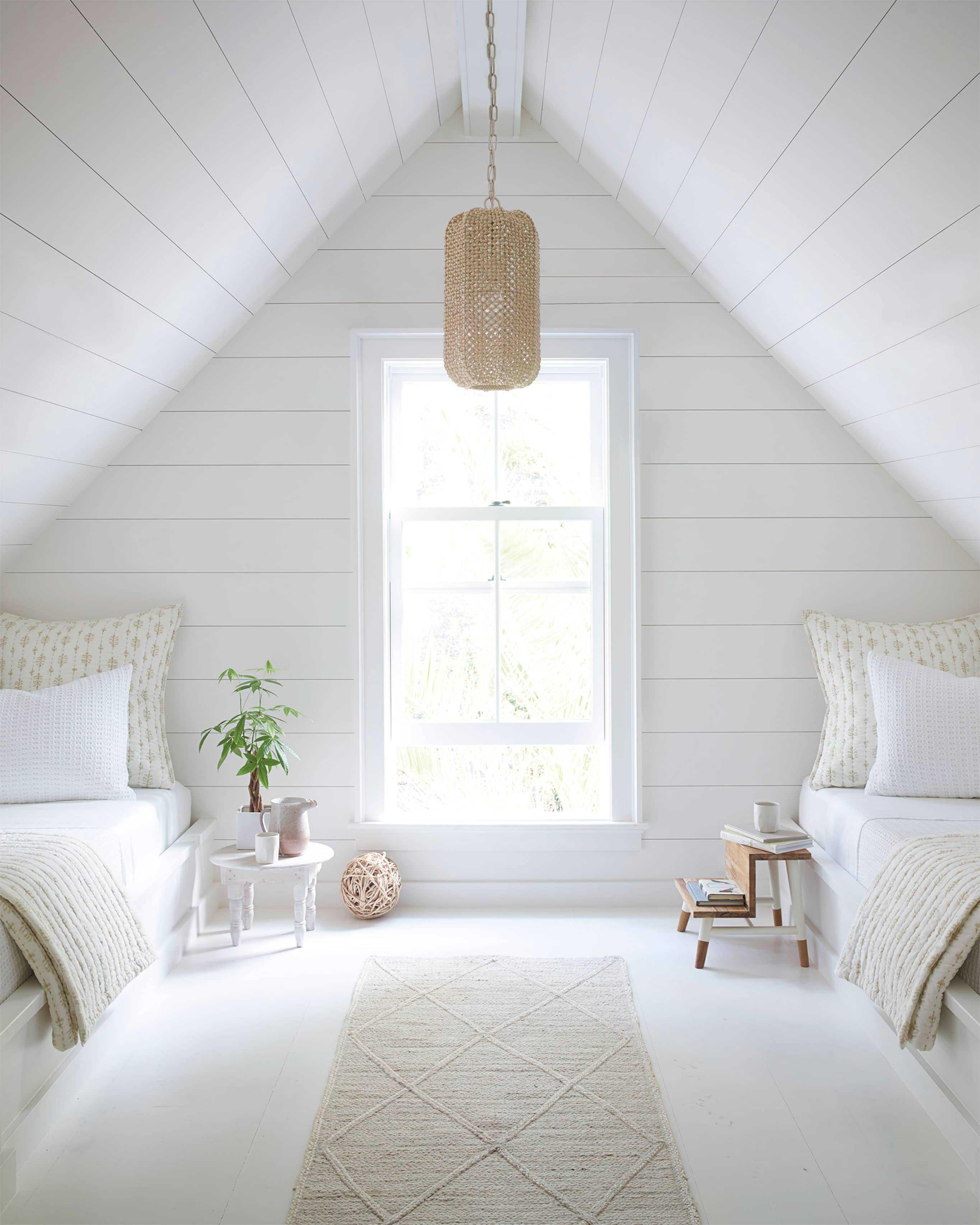 Bedroom Loft 97445 V3 Crop Base